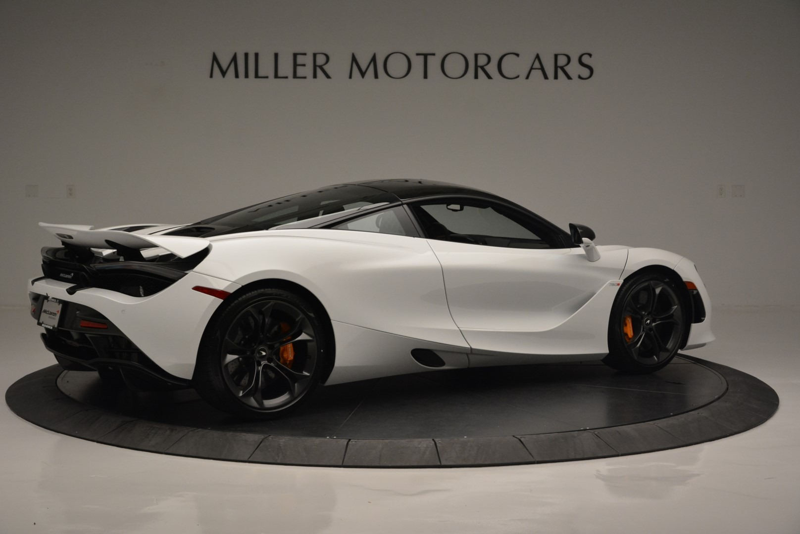 Used 2019 McLaren 720S Coupe For Sale In Greenwich, CT 2543_p8