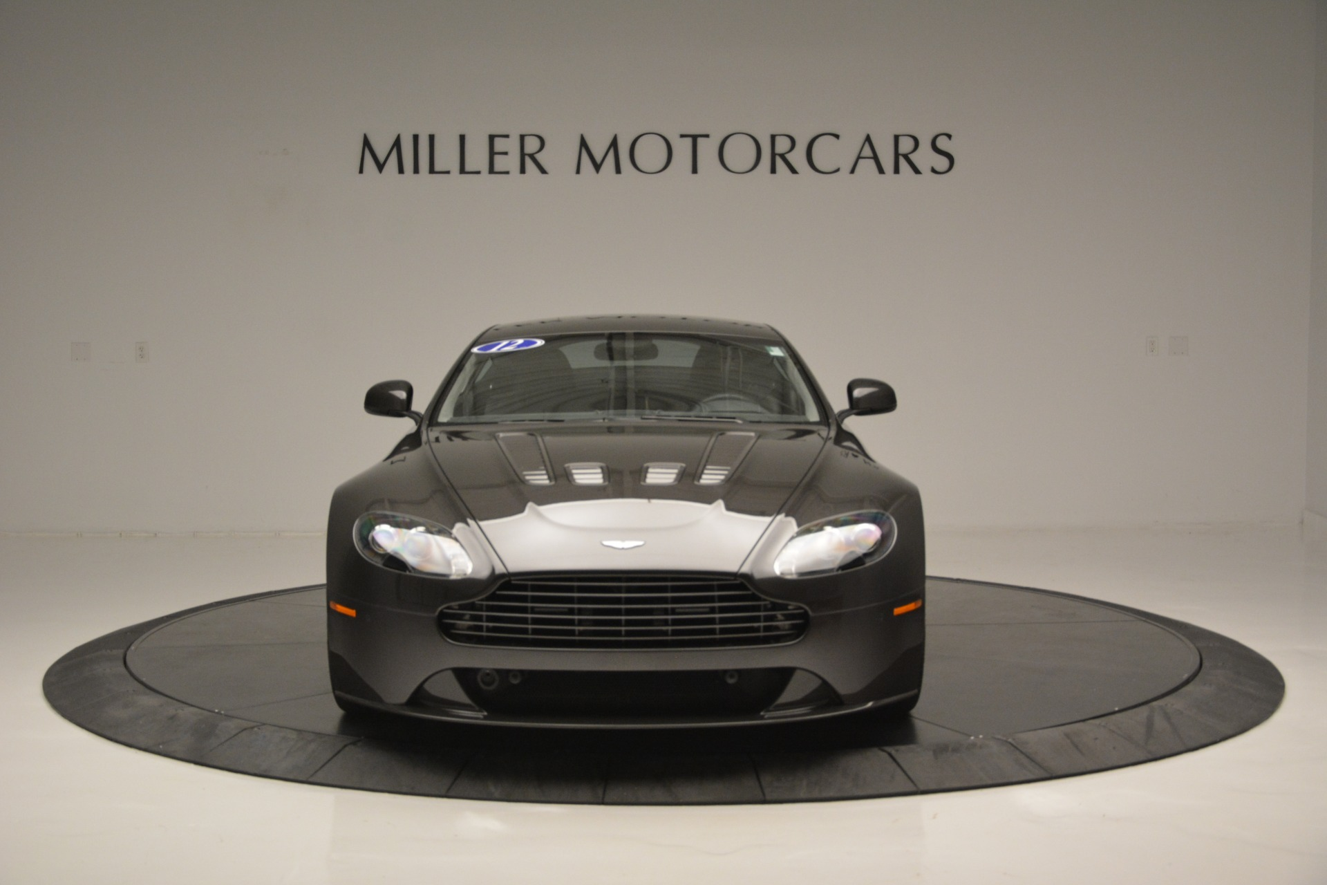 Used 2012 Aston Martin V12 Vantage Coupe For Sale In Greenwich, CT 2544_p12