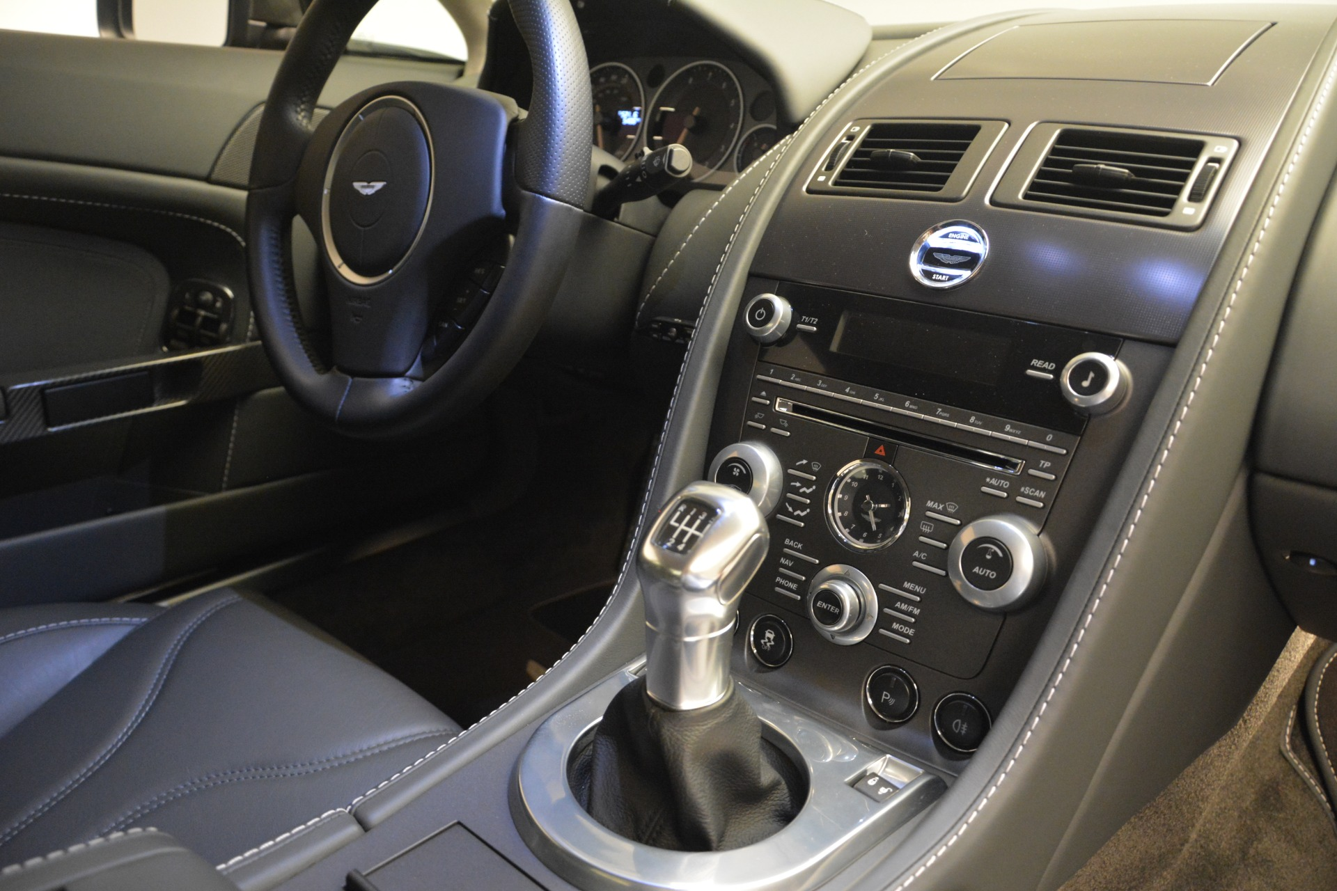 Used 2012 Aston Martin V12 Vantage Coupe For Sale In Greenwich, CT 2544_p17