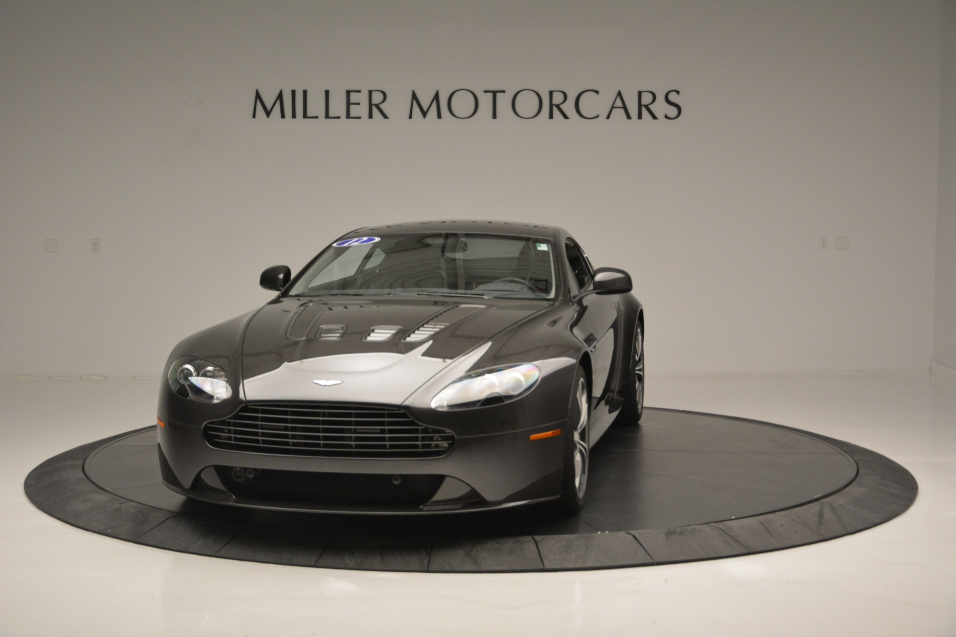 Used 2012 Aston Martin V12 Vantage Coupe For Sale In Greenwich, CT 2544_p2