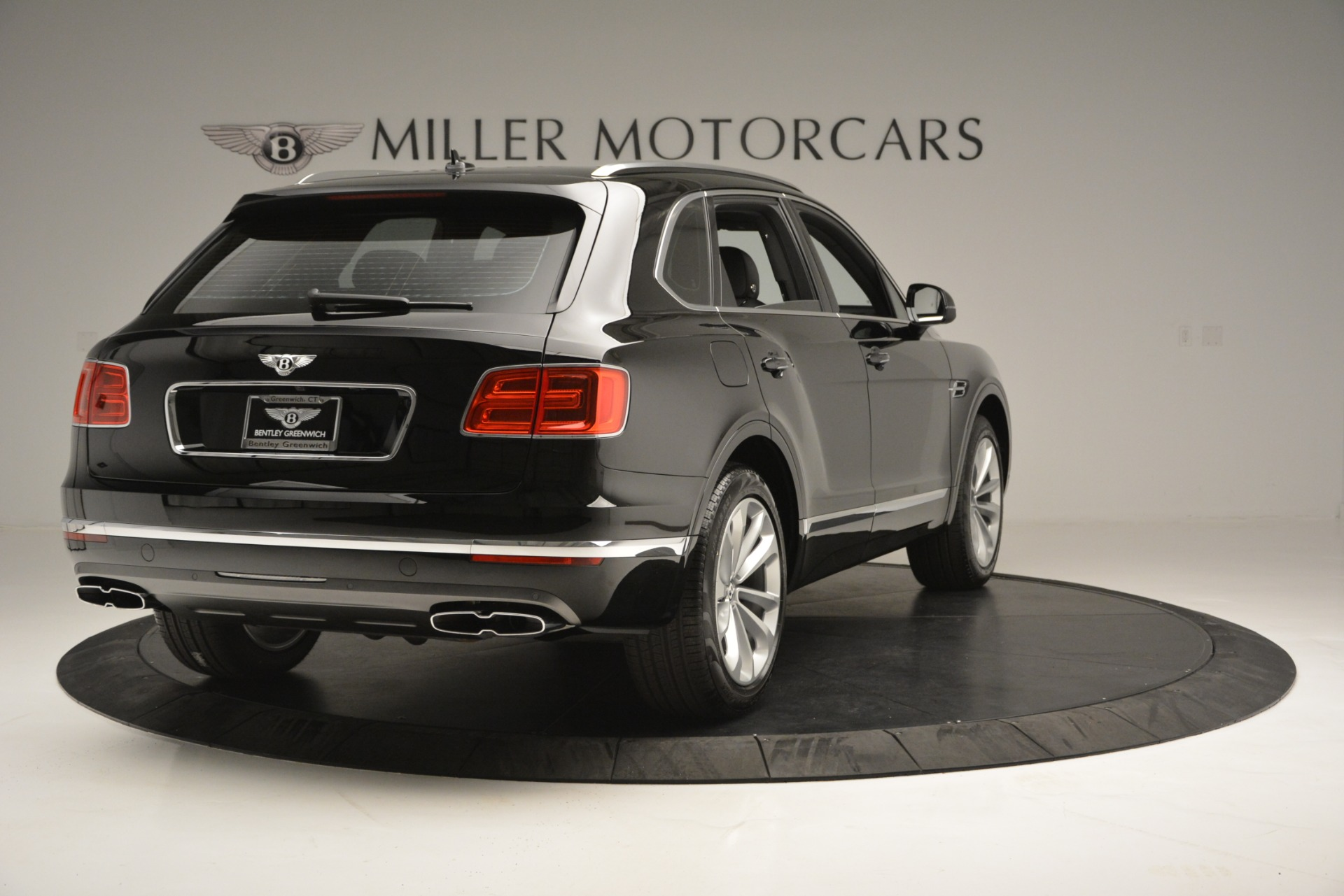 New 2019 Bentley Bentayga V8 For Sale In Greenwich, CT 2545_p7