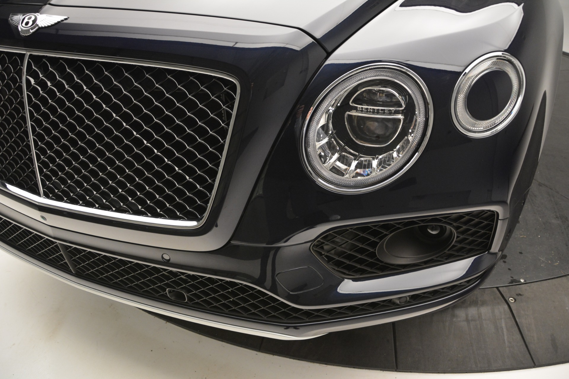 New 2019 Bentley Bentayga V8 For Sale In Greenwich, CT 2546_p14