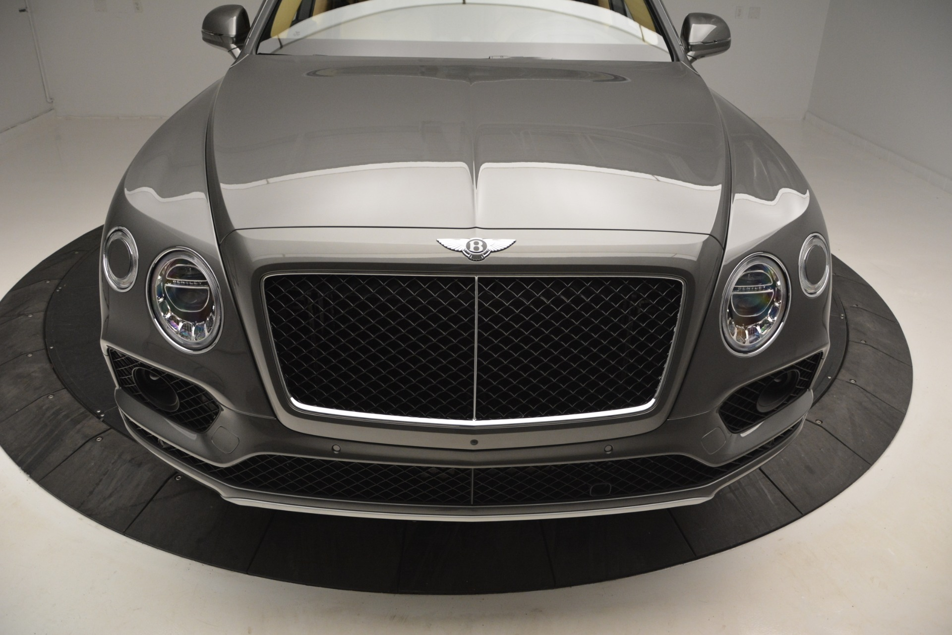New 2019 Bentley Bentayga V8 For Sale In Greenwich, CT 2547_p13