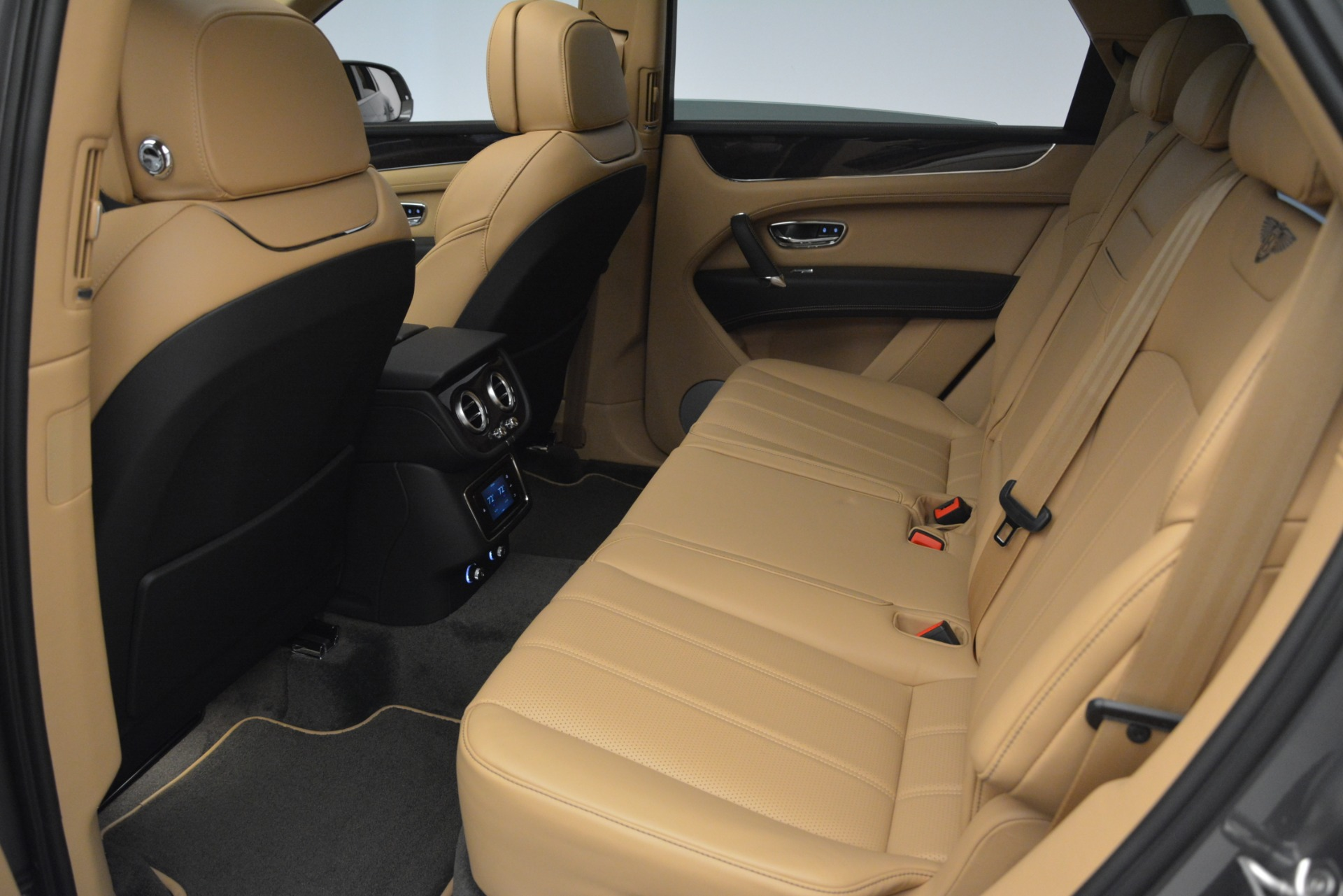 New 2019 Bentley Bentayga V8 For Sale In Greenwich, CT 2547_p20