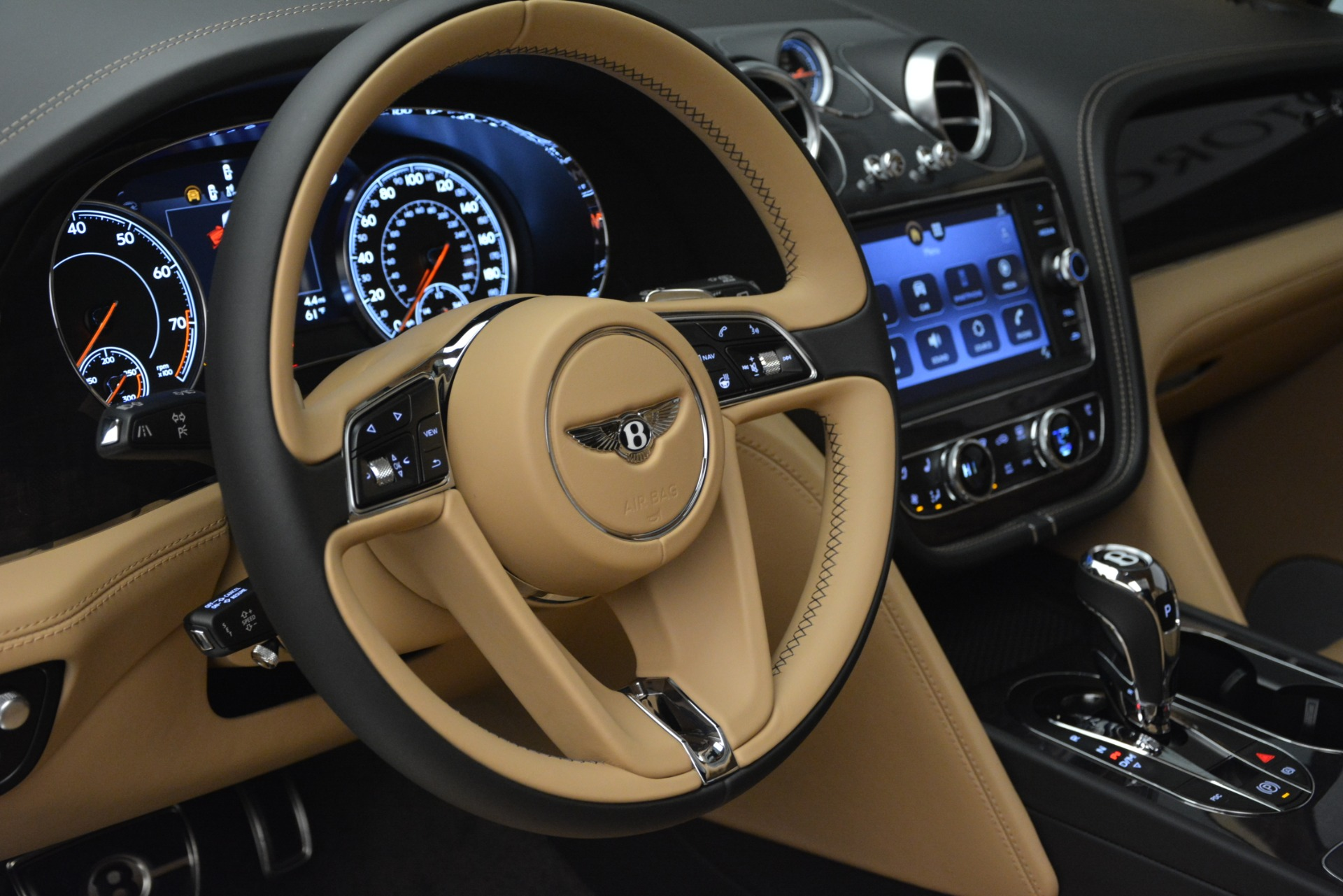 New 2019 Bentley Bentayga V8 For Sale In Greenwich, CT 2547_p23