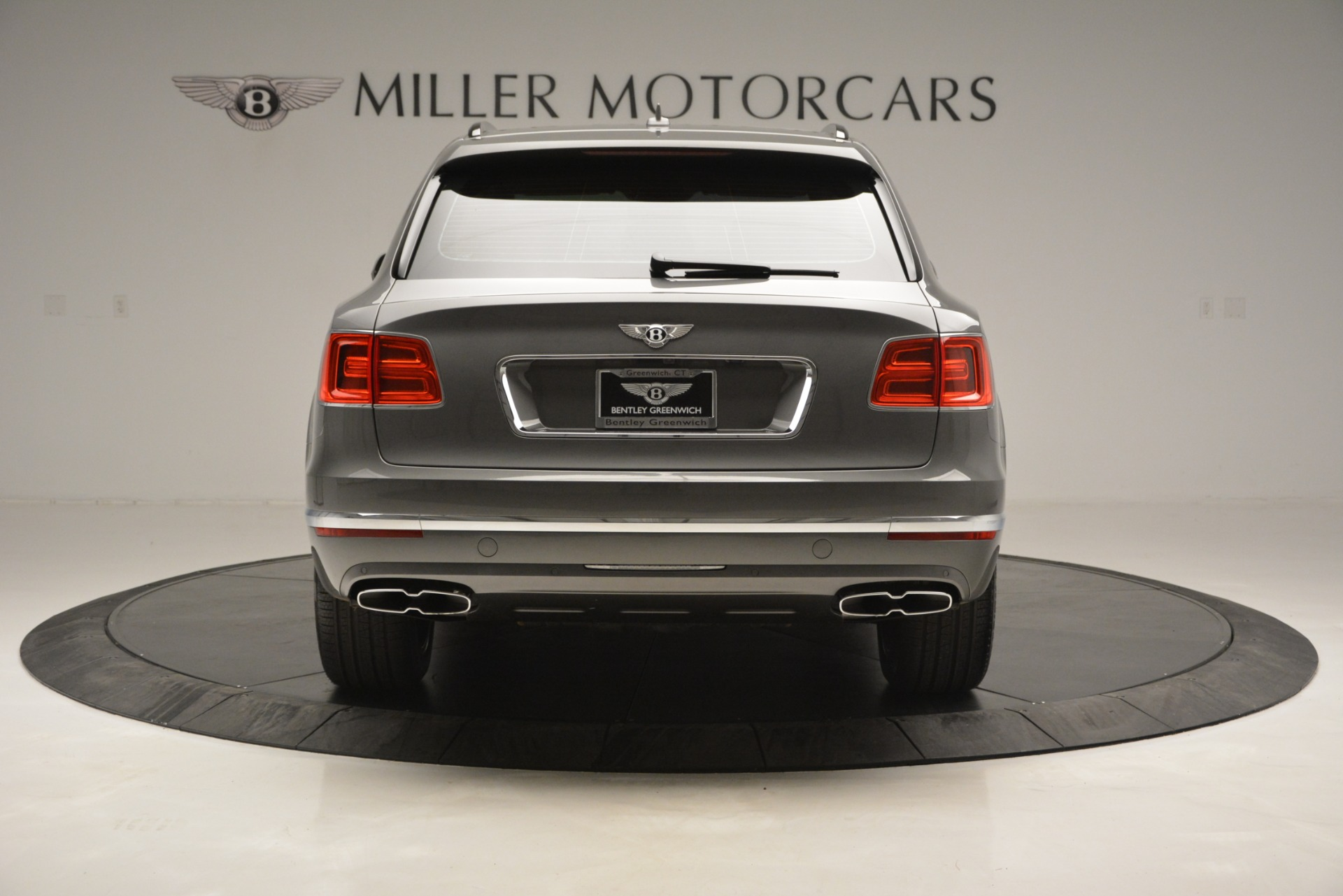 New 2019 Bentley Bentayga V8 For Sale In Greenwich, CT 2547_p6