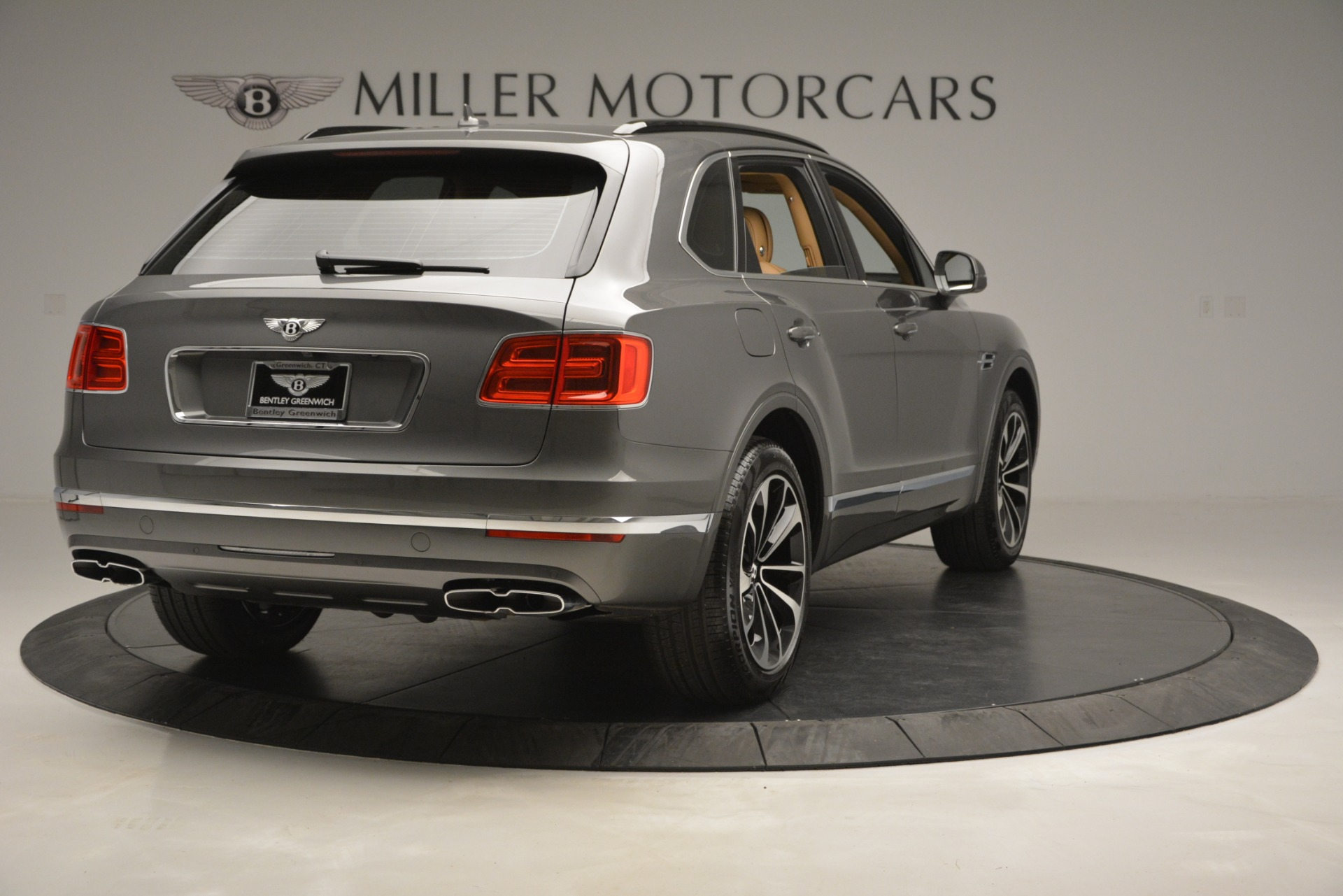 New 2019 Bentley Bentayga V8 For Sale In Greenwich, CT 2547_p7