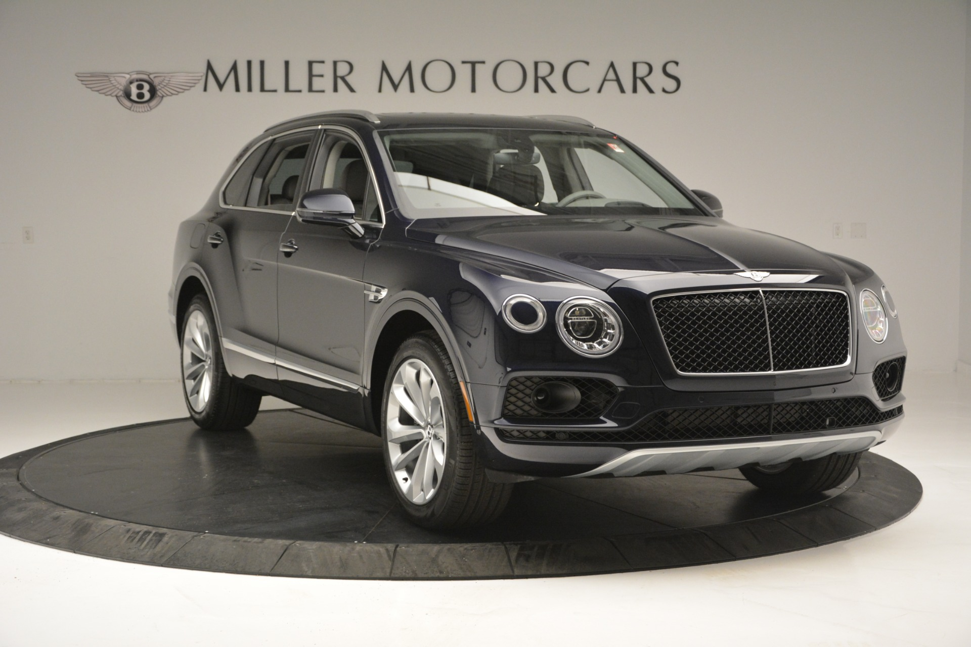 New 2019 Bentley Bentayga V8 For Sale In Greenwich, CT 2549_p11