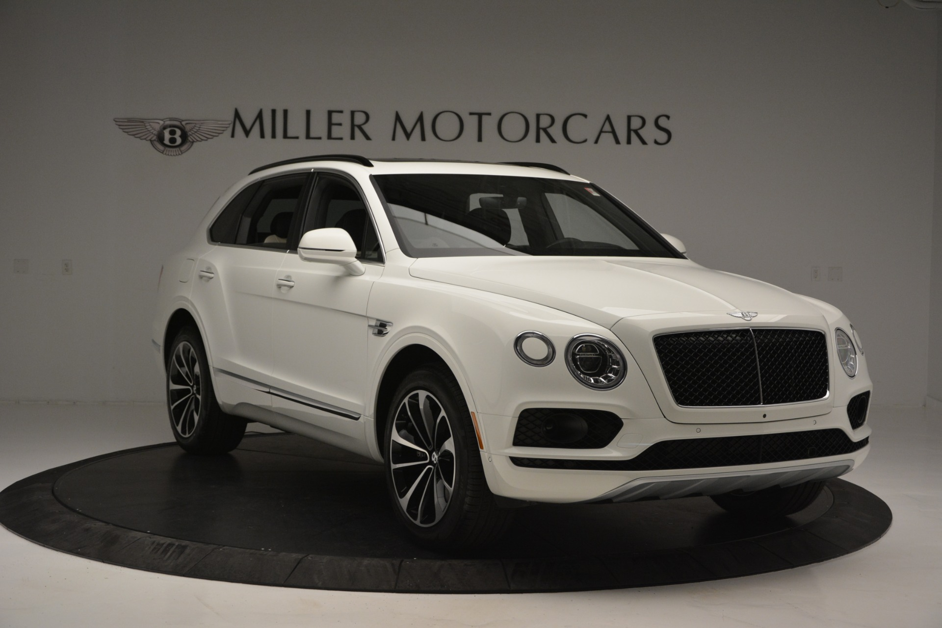 New 2019 Bentley Bentayga V8 For Sale In Greenwich, CT 2550_p11