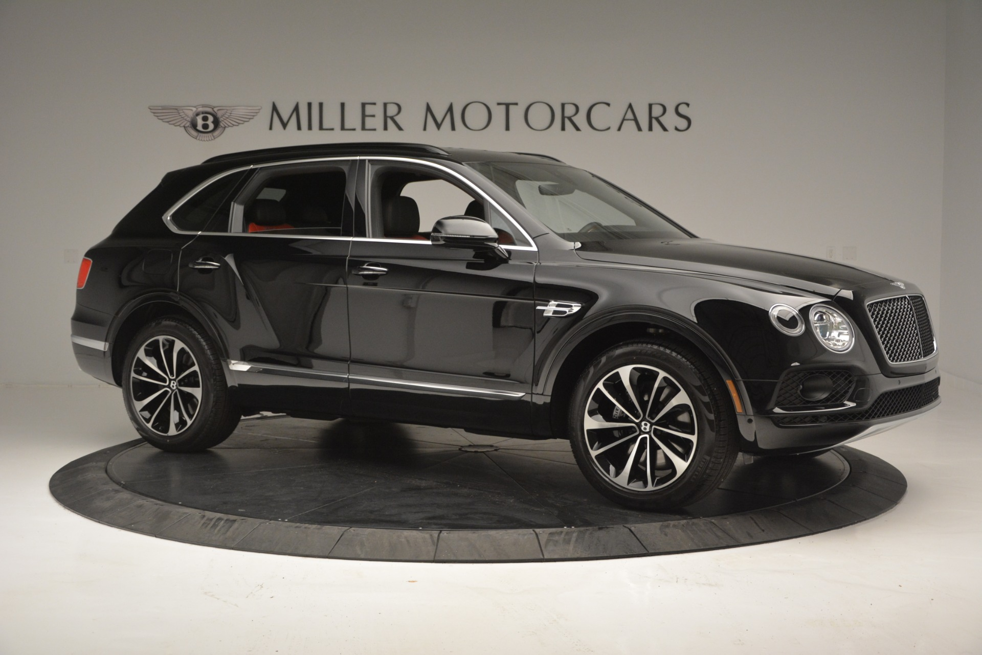 New 2019 Bentley Bentayga V8 For Sale In Greenwich, CT 2552_p10