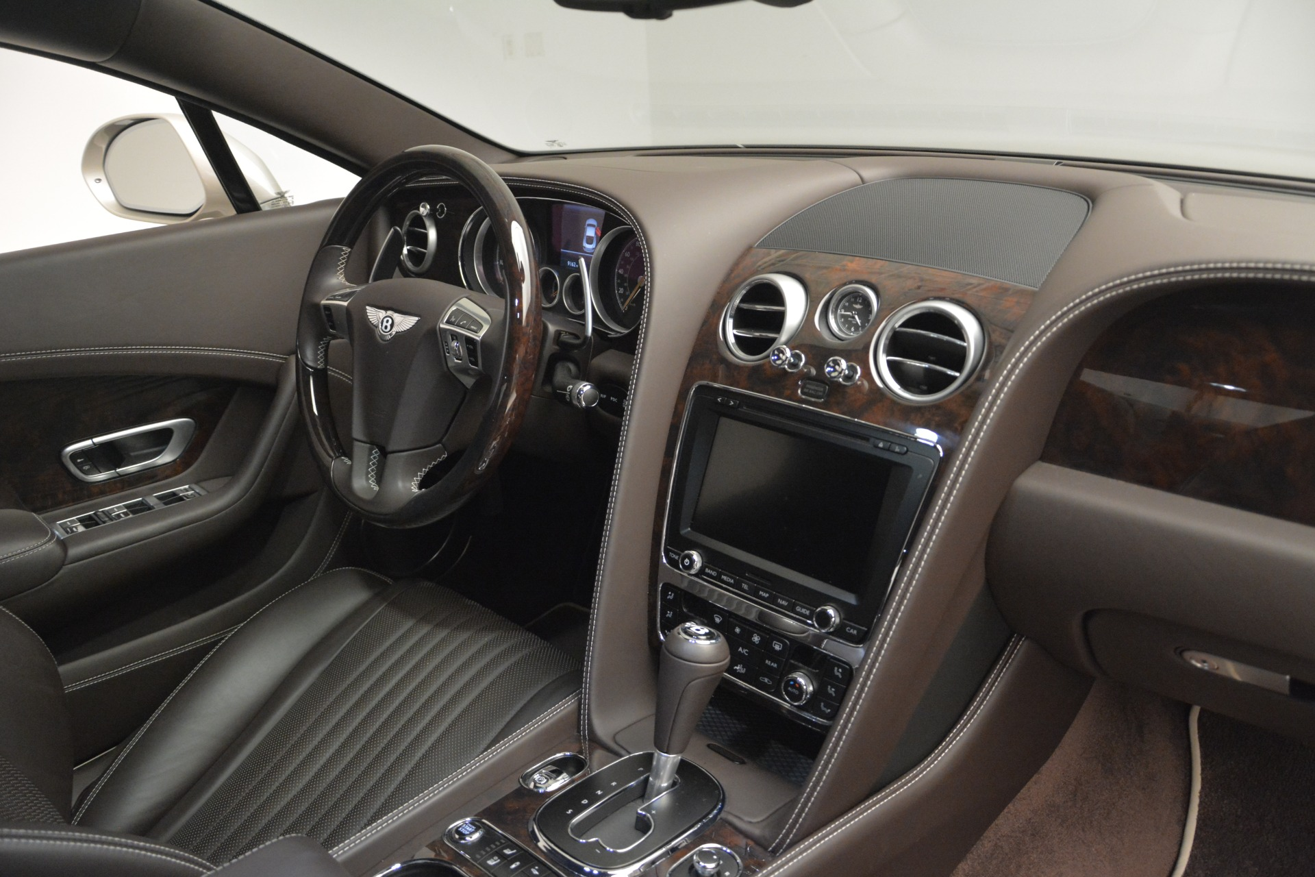 Used 2016 Bentley Continental GT W12 For Sale In Greenwich, CT 2555_p26