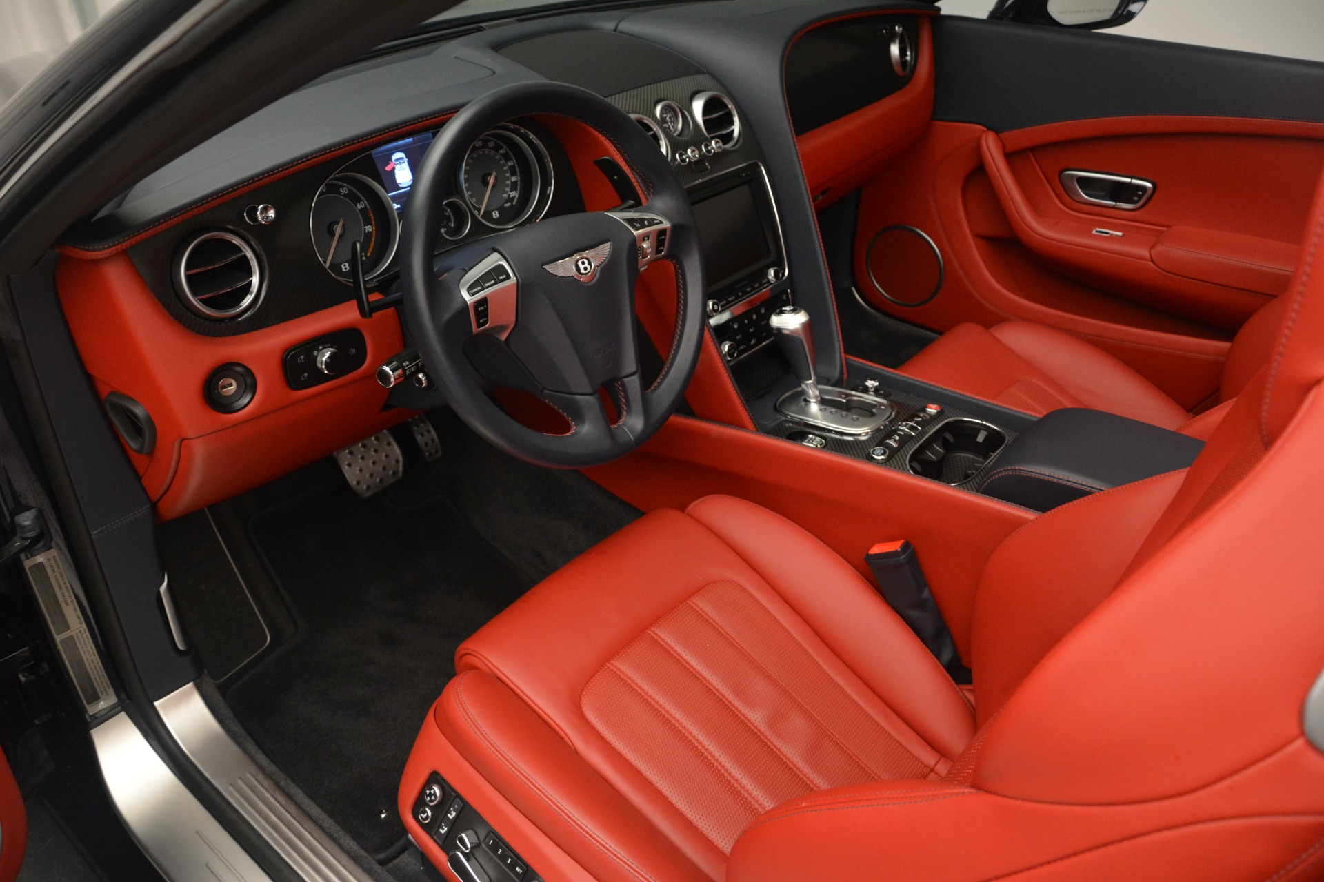 Used 2013 Bentley Continental GT V8 For Sale In Greenwich, CT 2557_p23