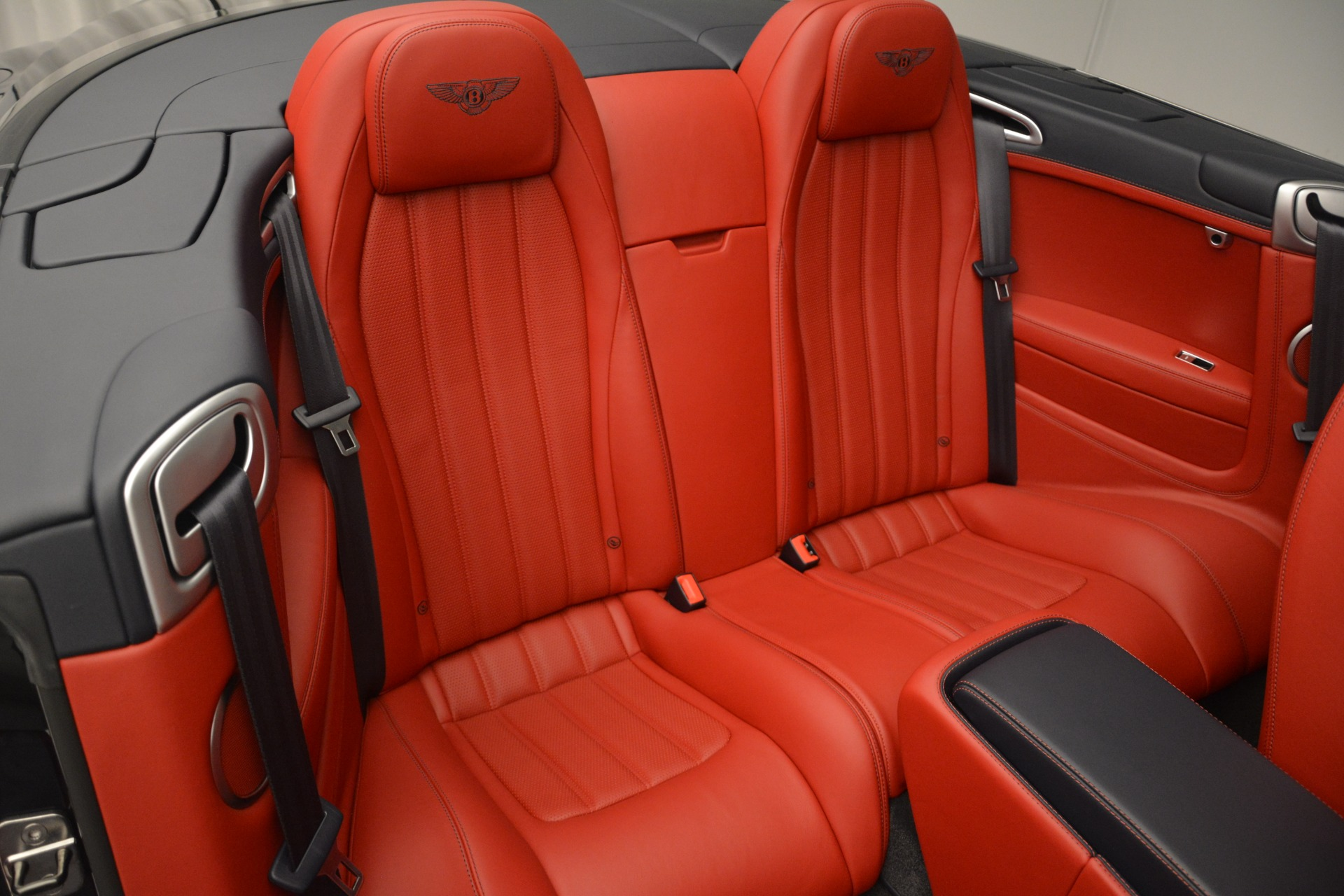 Used 2013 Bentley Continental GT V8 For Sale In Greenwich, CT 2557_p29