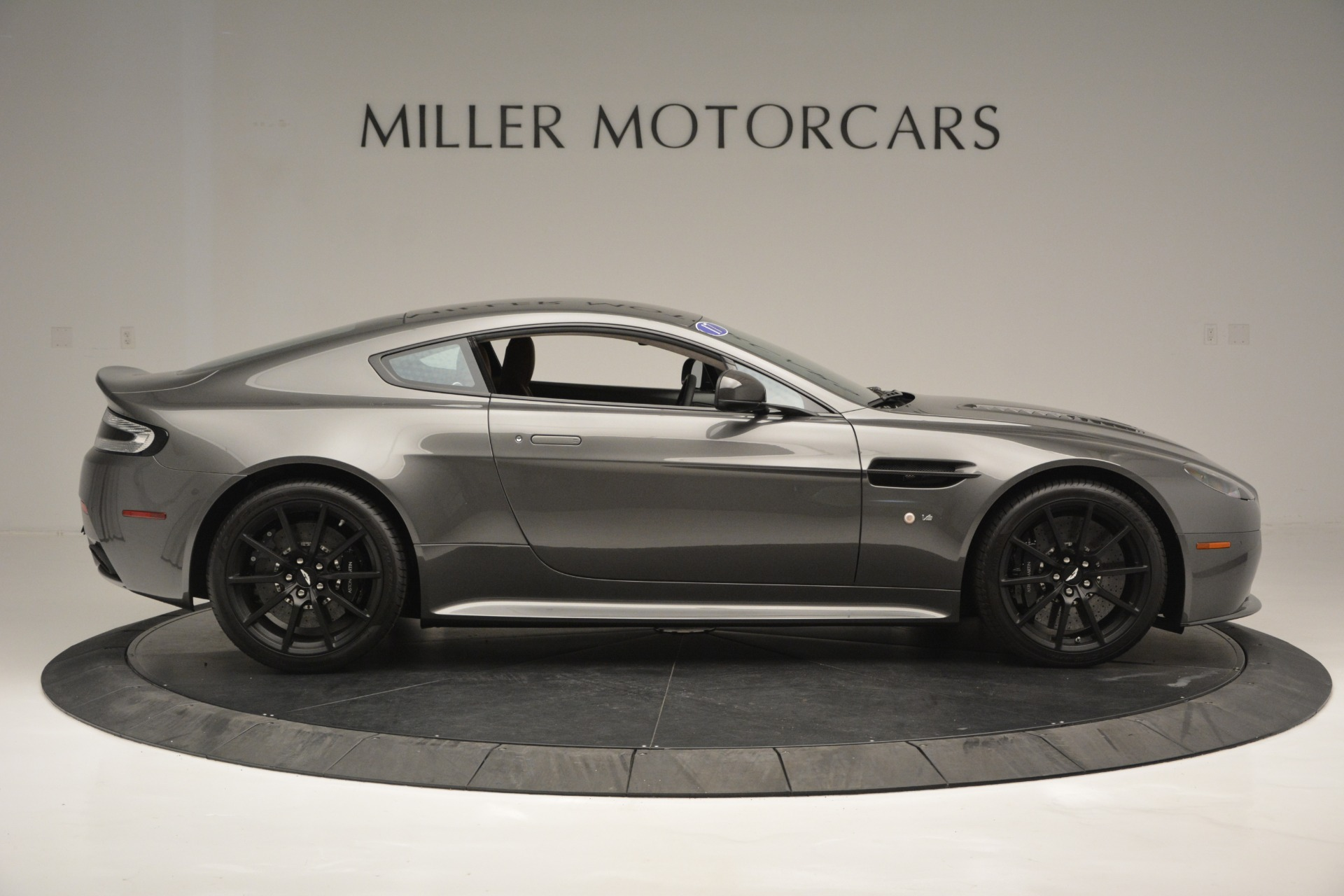 Used 2017 Aston Martin V12 Vantage S  For Sale In Greenwich, CT 2561_p9