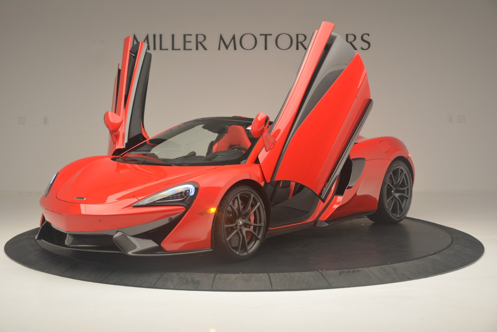 New 2019 McLaren 570S Spider Convertible For Sale In Greenwich, CT 2564_p14