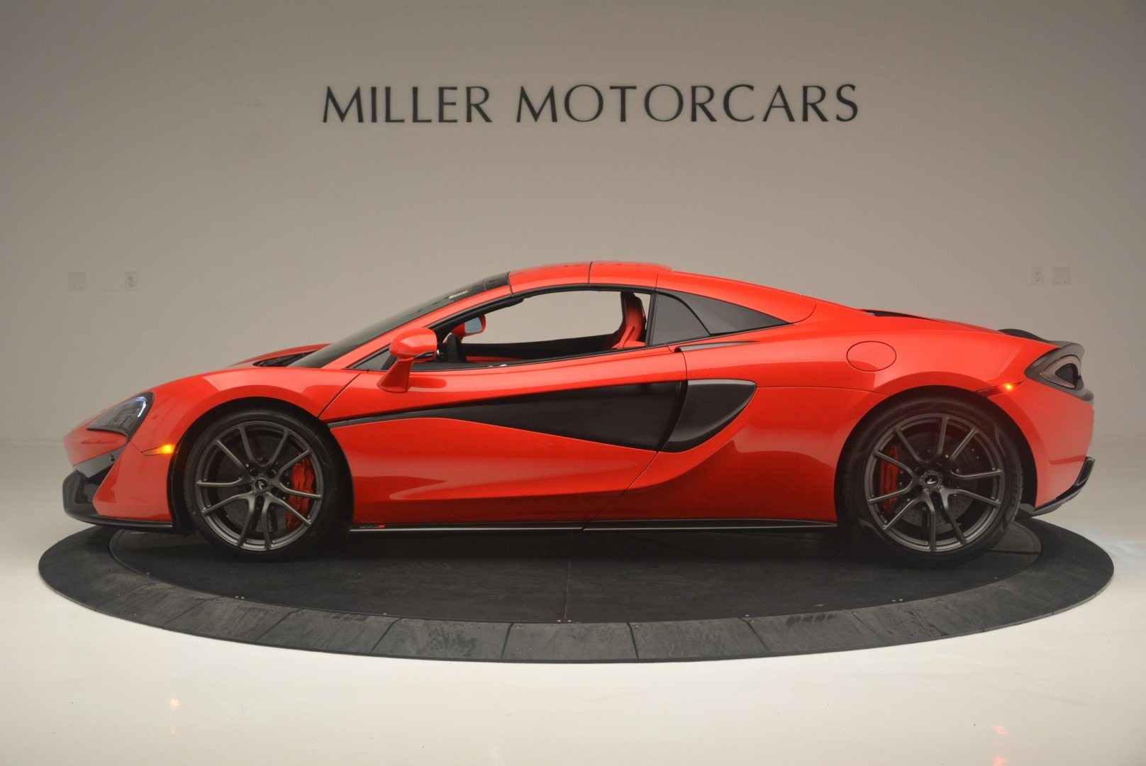 New 2019 McLaren 570S Spider Convertible For Sale In Greenwich, CT 2564_p15