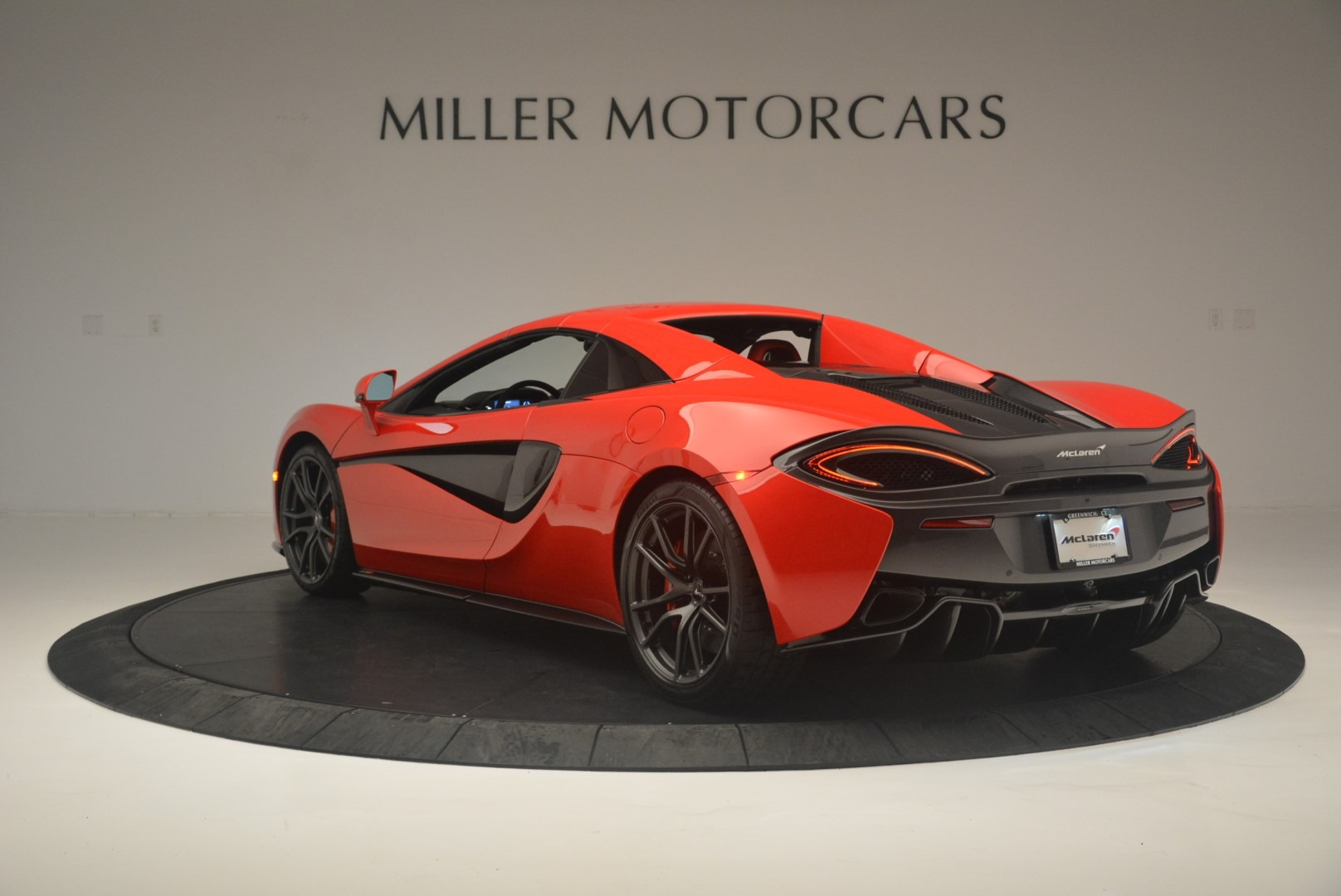 New 2019 McLaren 570S Spider Convertible For Sale In Greenwich, CT 2564_p16