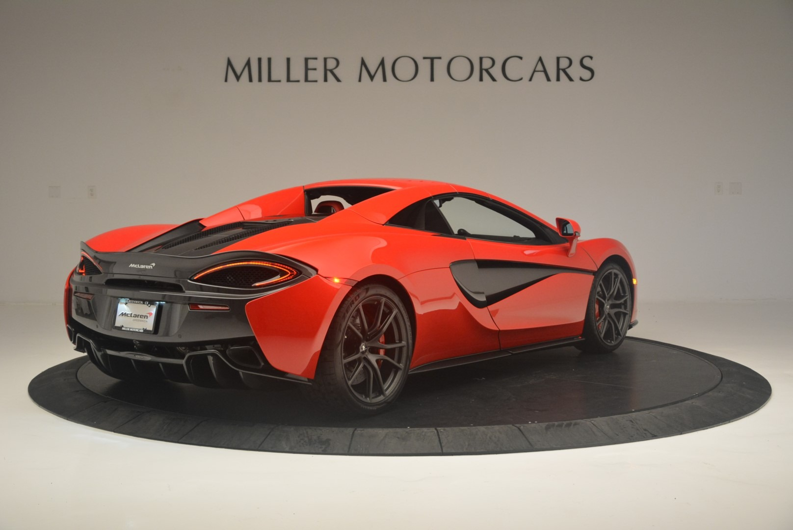 New 2019 McLaren 570S Spider Convertible For Sale In Greenwich, CT 2564_p18