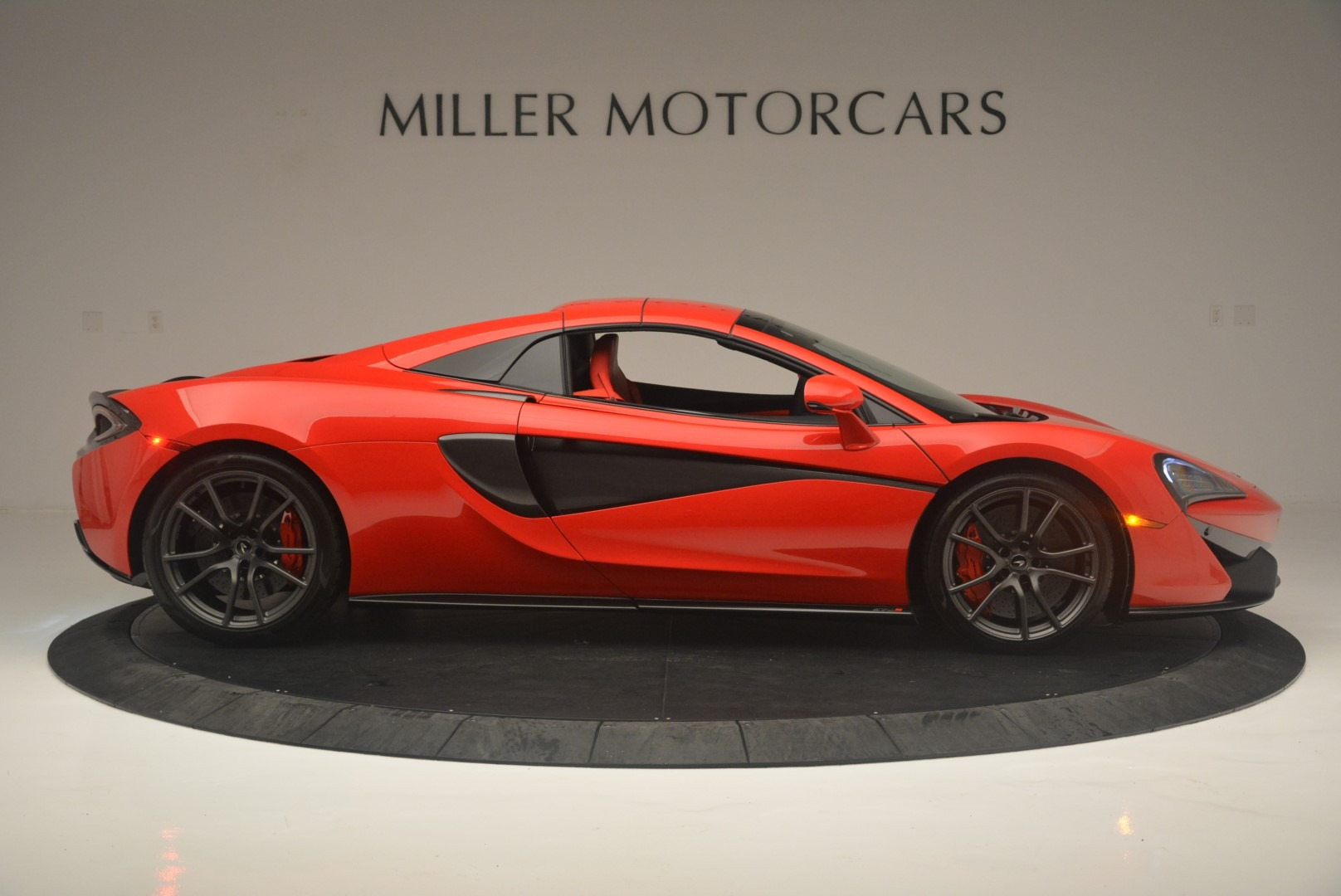 New 2019 McLaren 570S Spider Convertible For Sale In Greenwich, CT 2564_p19