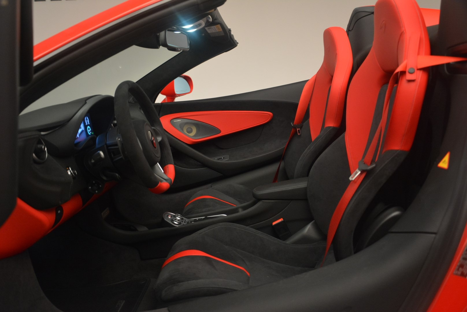 New 2019 McLaren 570S Spider Convertible For Sale In Greenwich, CT 2564_p23