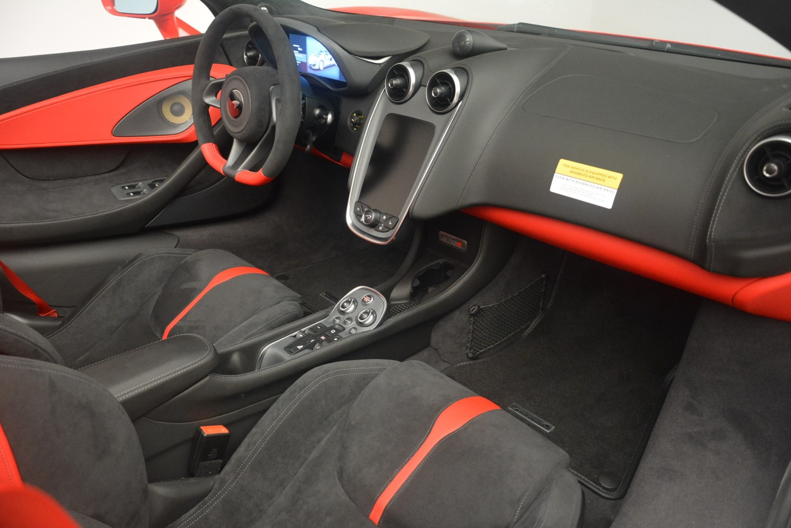 New 2019 McLaren 570S Spider Convertible For Sale In Greenwich, CT 2564_p25