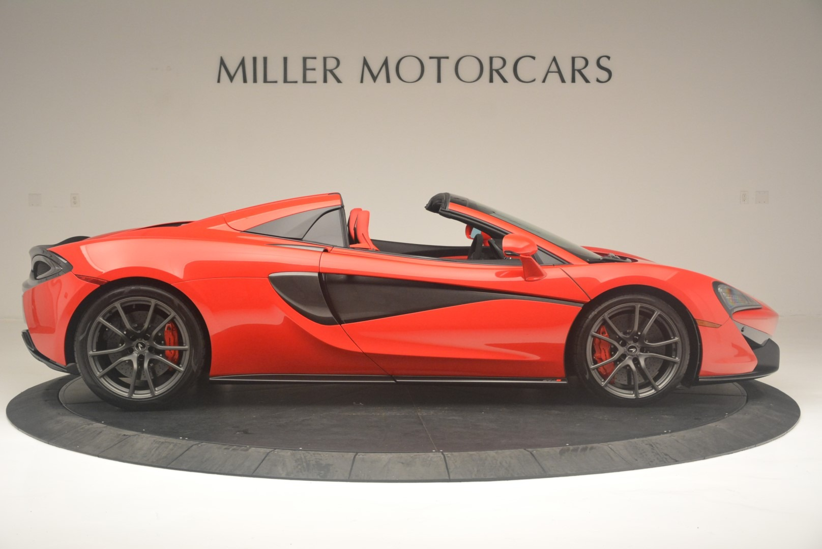 New 2019 McLaren 570S Spider Convertible For Sale In Greenwich, CT 2564_p9