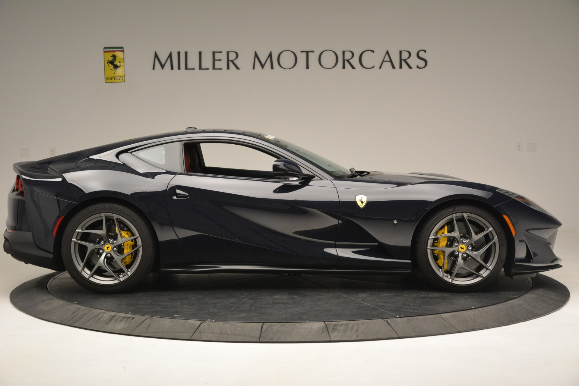 Used 2018 Ferrari 812 Superfast  For Sale In Greenwich, CT 2569_p10
