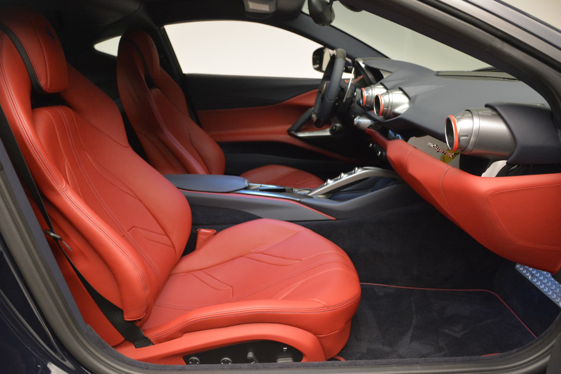 Used 2018 Ferrari 812 Superfast  For Sale In Greenwich, CT 2569_p18