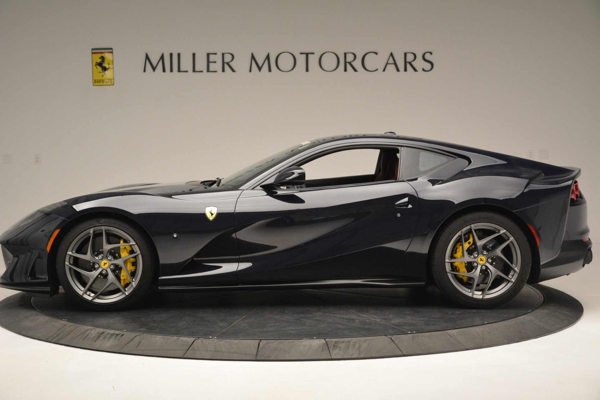 Used 2018 Ferrari 812 Superfast  For Sale In Greenwich, CT 2569_p3