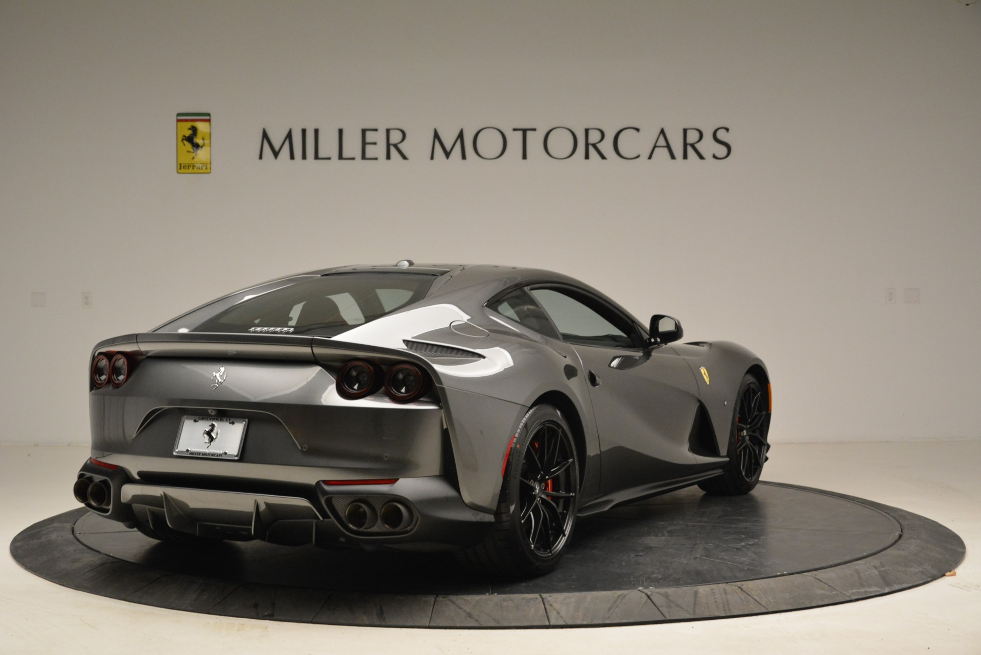 Used 2018 Ferrari 812 Superfast  For Sale In Greenwich, CT 2573_p7