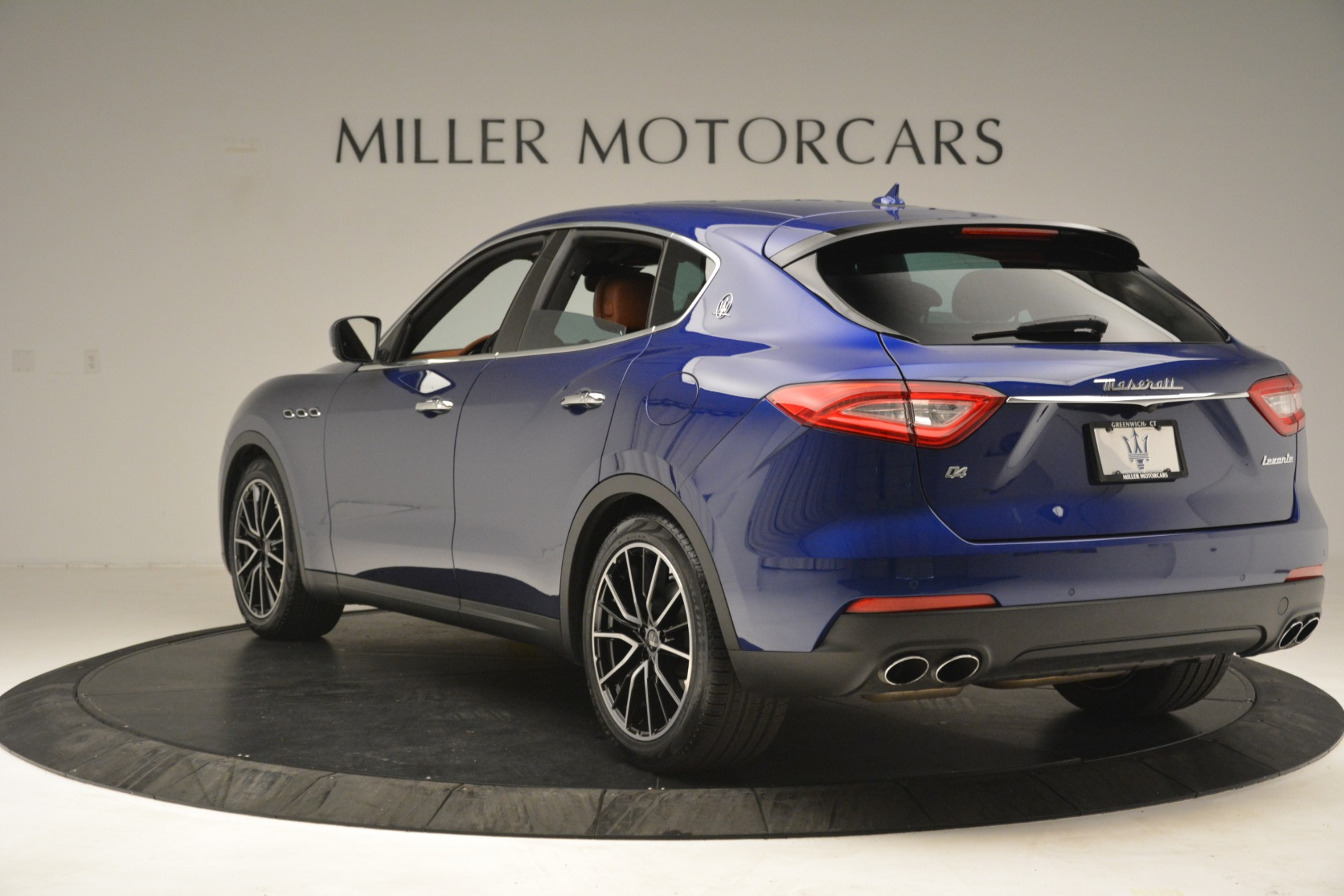 Used 2018 Maserati Levante Q4 For Sale In Greenwich, CT 2575_p5