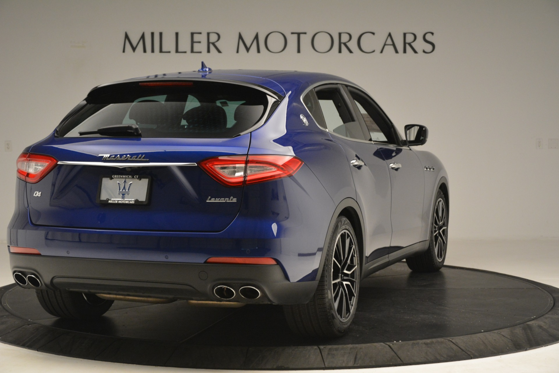 Used 2018 Maserati Levante Q4 For Sale In Greenwich, CT 2575_p7
