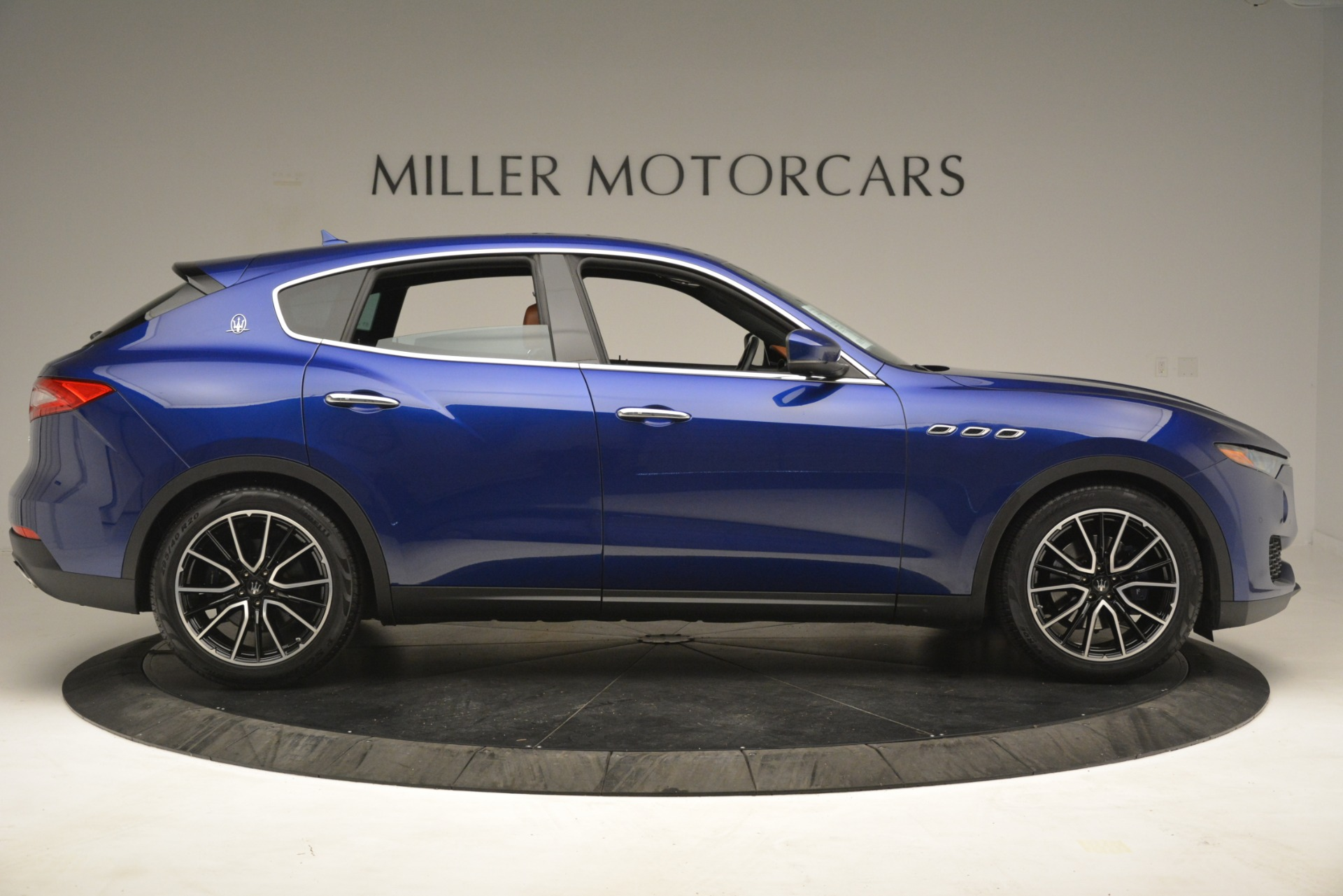 Used 2018 Maserati Levante Q4 For Sale In Greenwich, CT 2575_p9