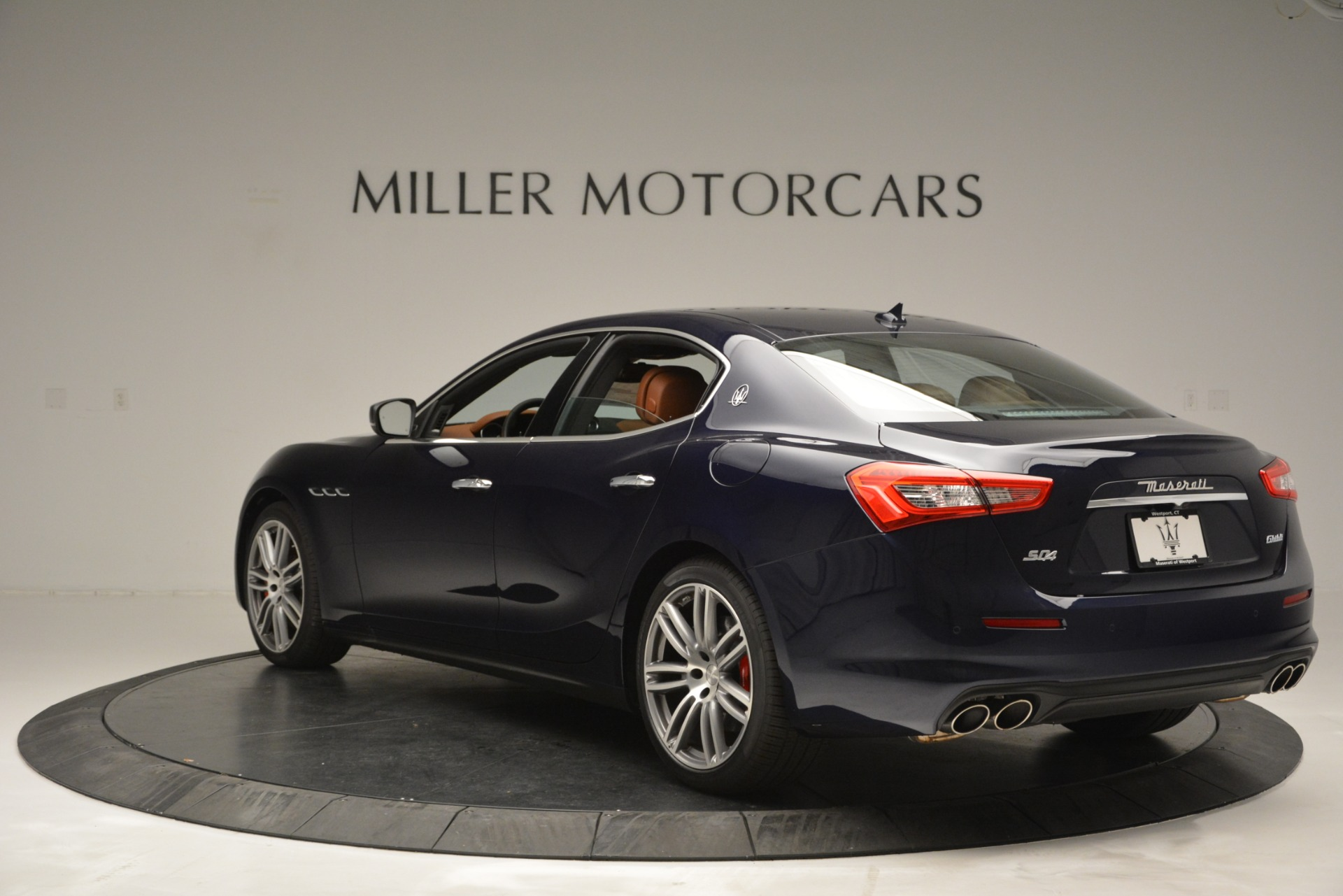 Used 2019 Maserati Ghibli S Q4 For Sale In Greenwich, CT 2585_p5