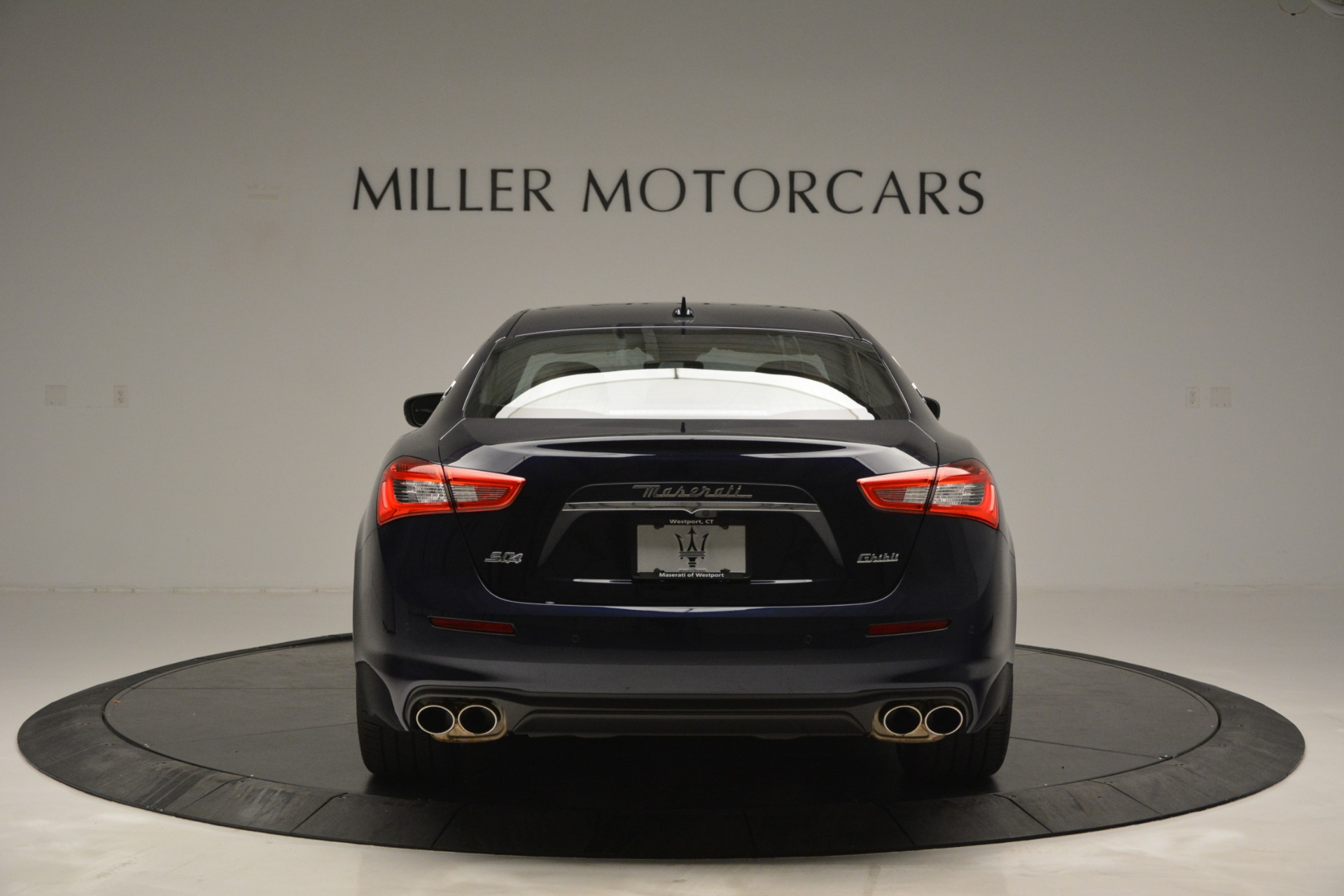 Used 2019 Maserati Ghibli S Q4 For Sale In Greenwich, CT 2585_p6