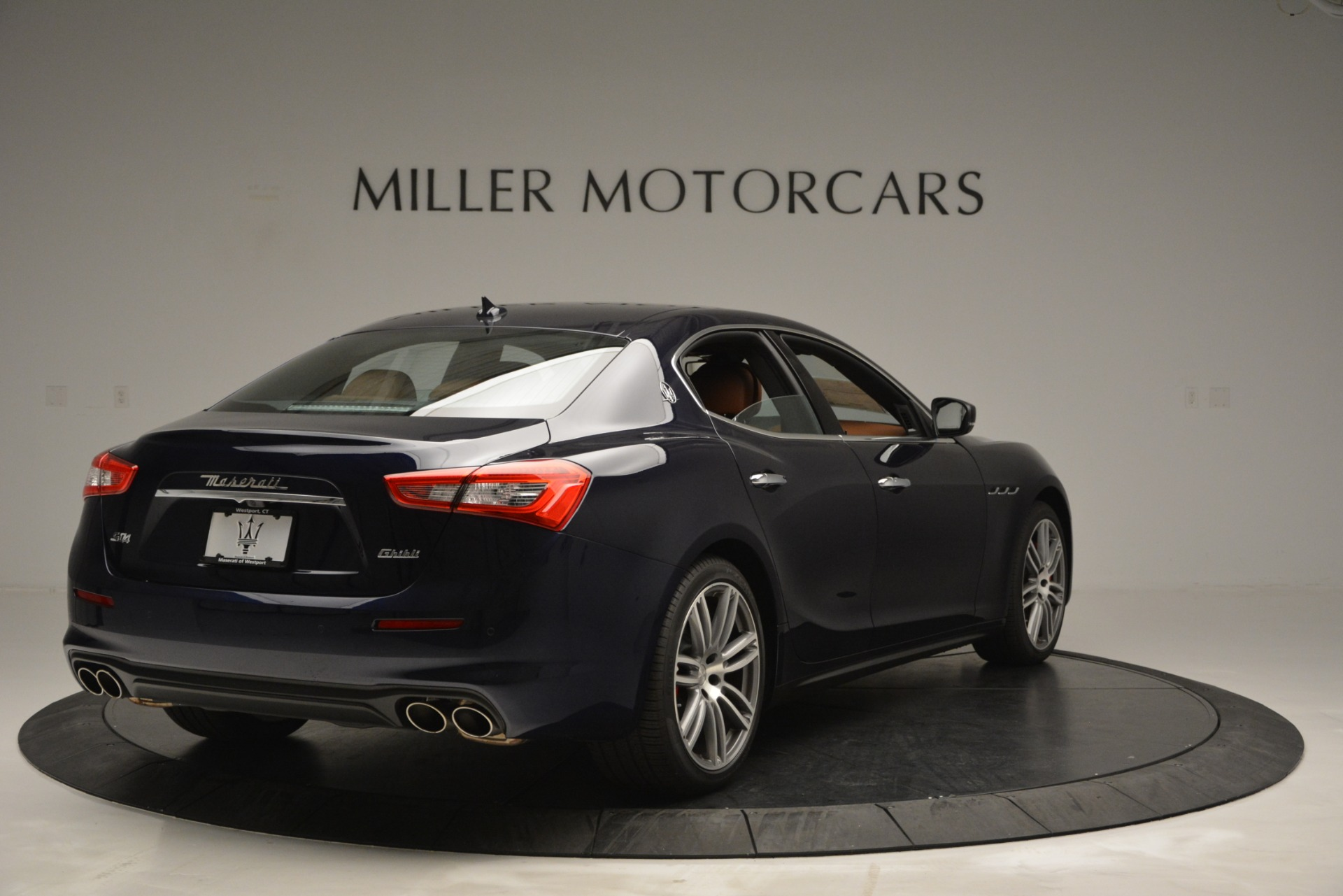 Used 2019 Maserati Ghibli S Q4 For Sale In Greenwich, CT 2585_p7