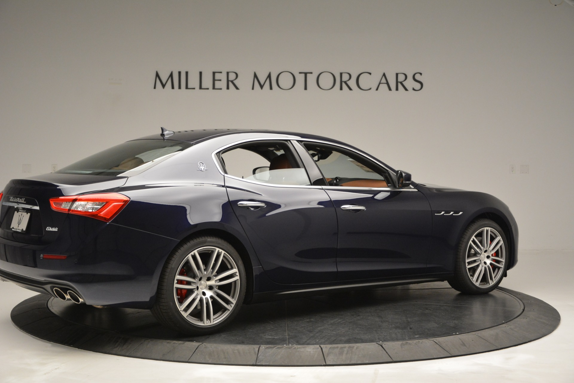 Used 2019 Maserati Ghibli S Q4 For Sale In Greenwich, CT 2585_p8