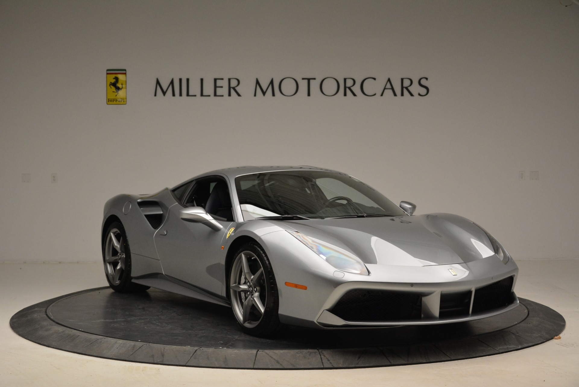 Used 2018 Ferrari 488 GTB  For Sale In Greenwich, CT 2586_p11