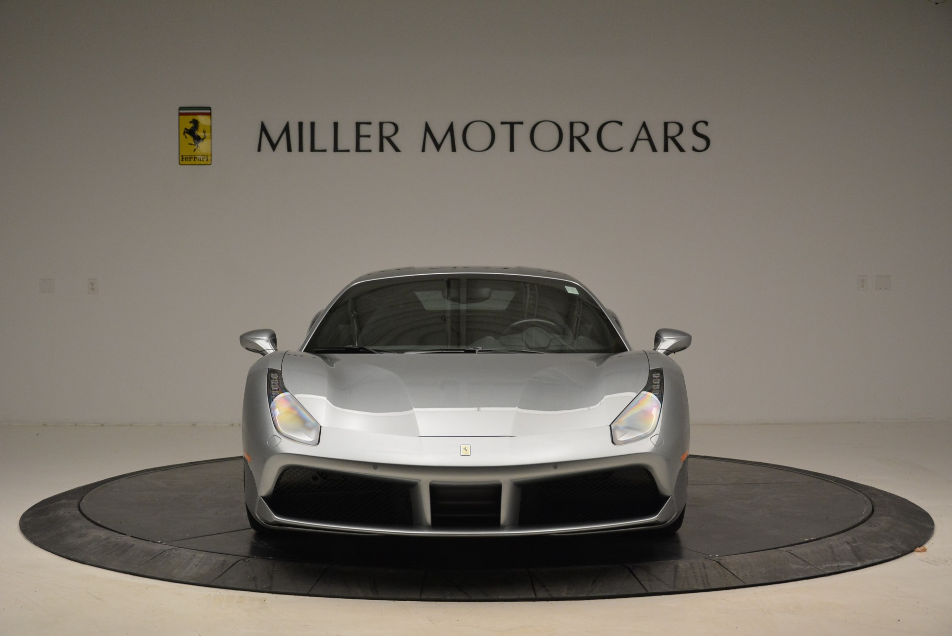 Used 2018 Ferrari 488 GTB  For Sale In Greenwich, CT 2586_p12