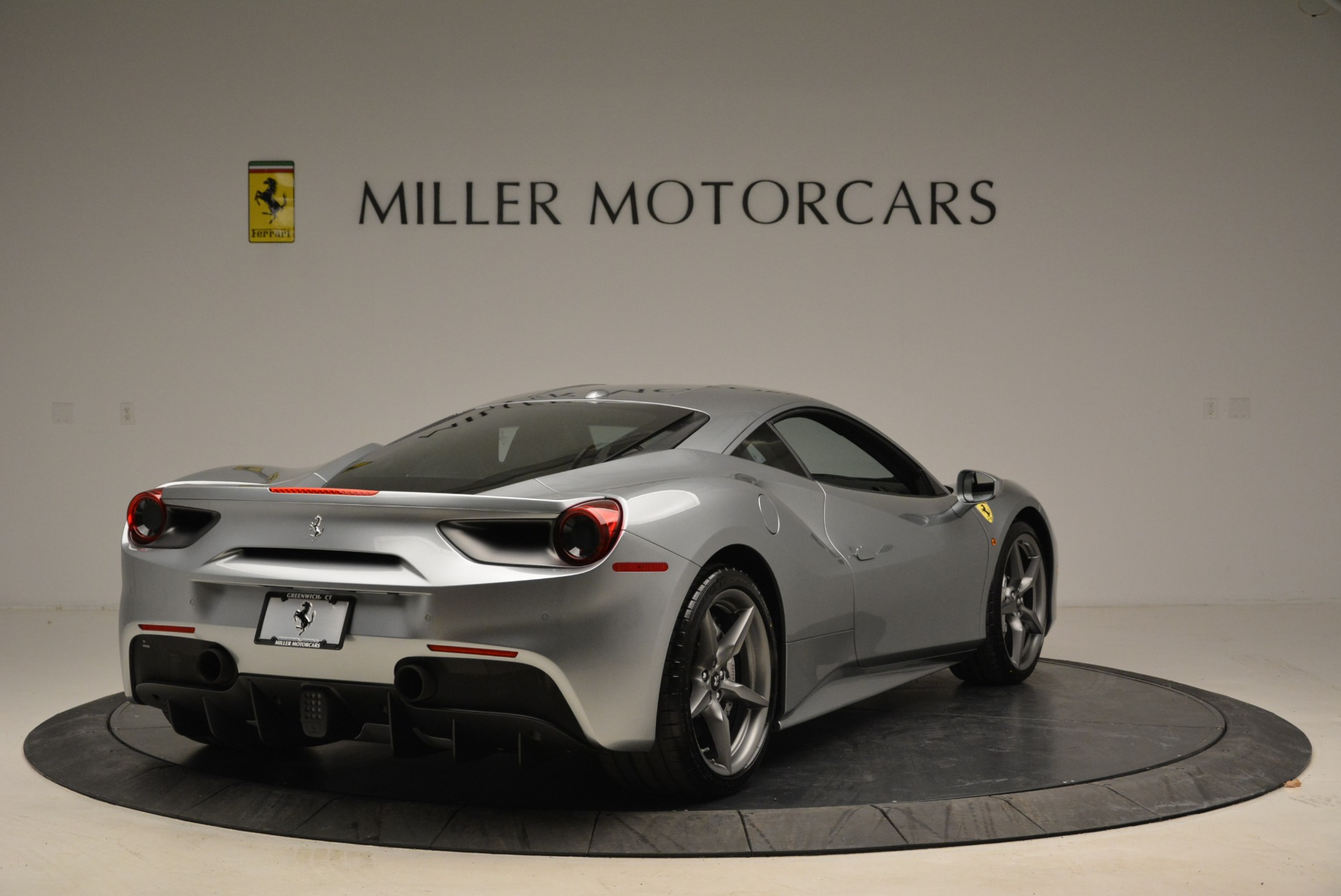 Used 2018 Ferrari 488 GTB  For Sale In Greenwich, CT 2586_p7
