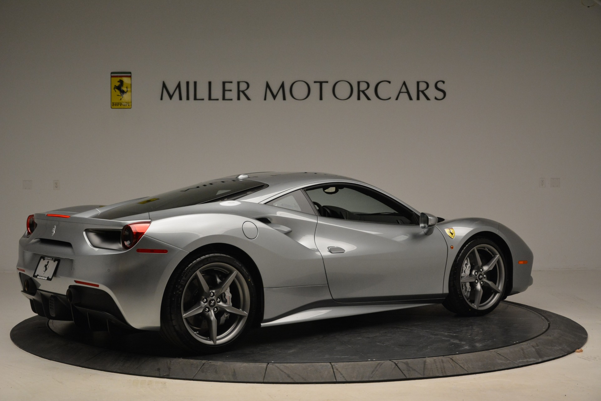 Used 2018 Ferrari 488 GTB  For Sale In Greenwich, CT 2586_p8