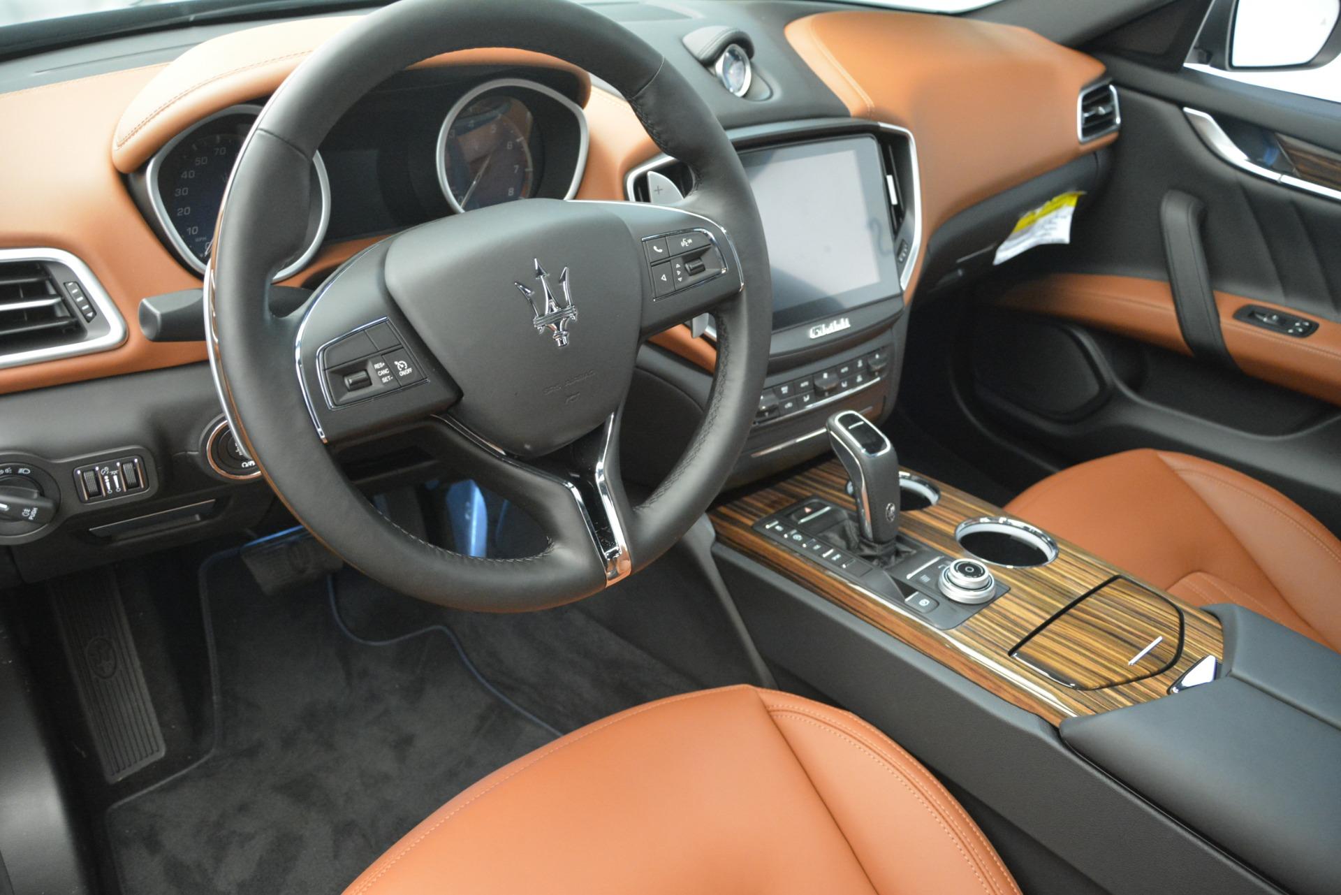 New 2019 Maserati Ghibli S Q4 GranLusso For Sale In Greenwich, CT 2590_p13