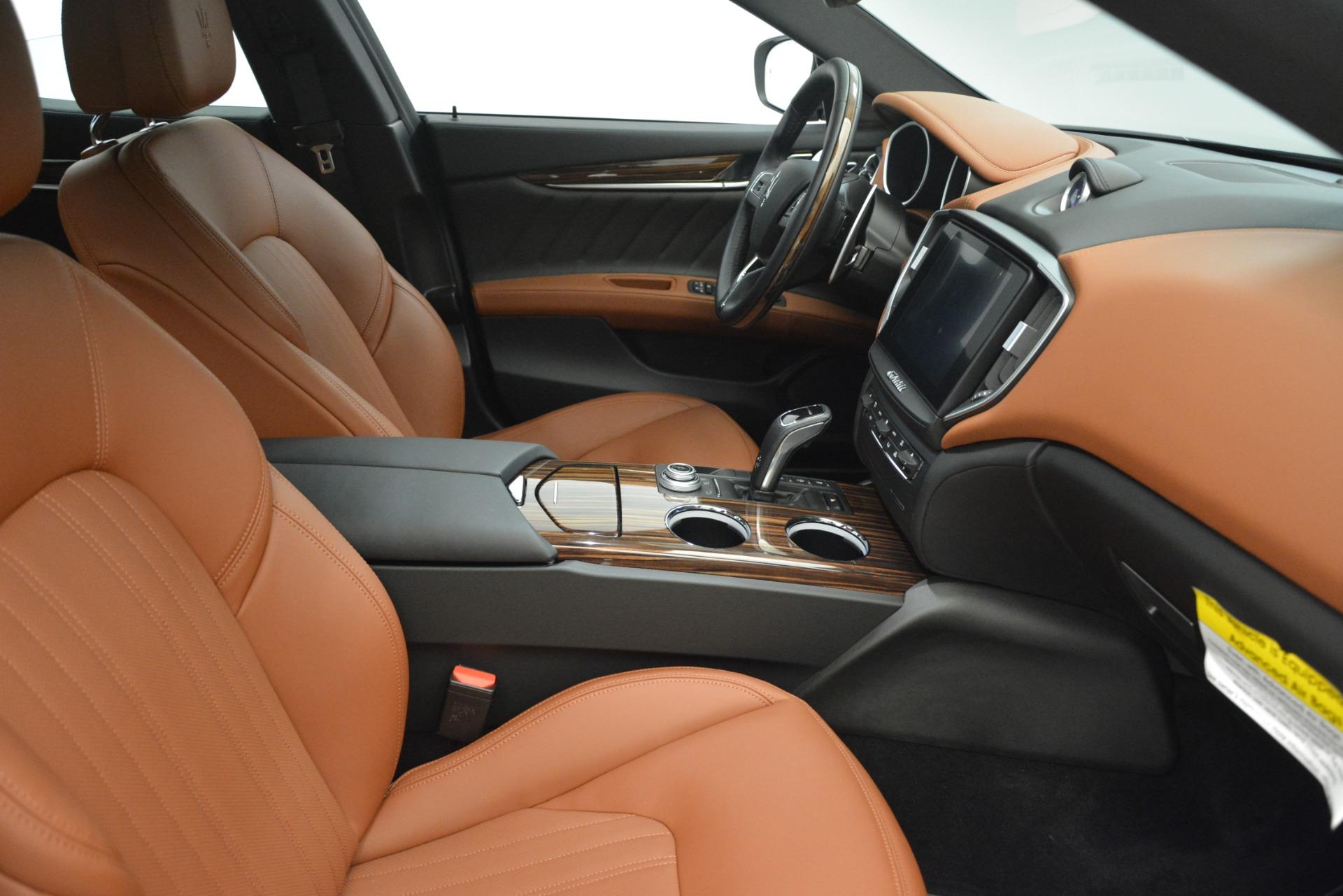 New 2019 Maserati Ghibli S Q4 GranLusso For Sale In Greenwich, CT 2590_p21