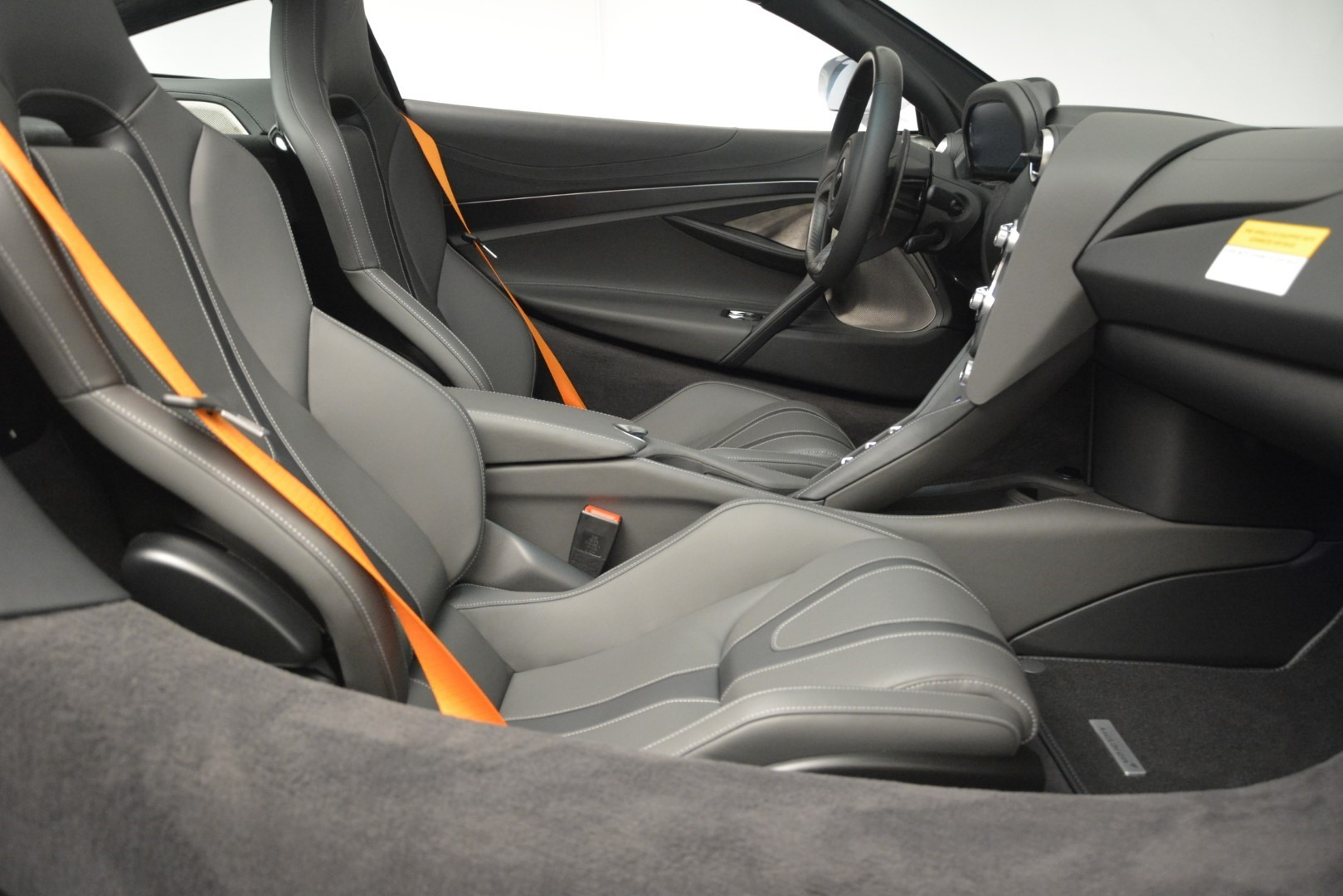 New 2019 McLaren 720S Coupe For Sale In Greenwich, CT 2592_p22
