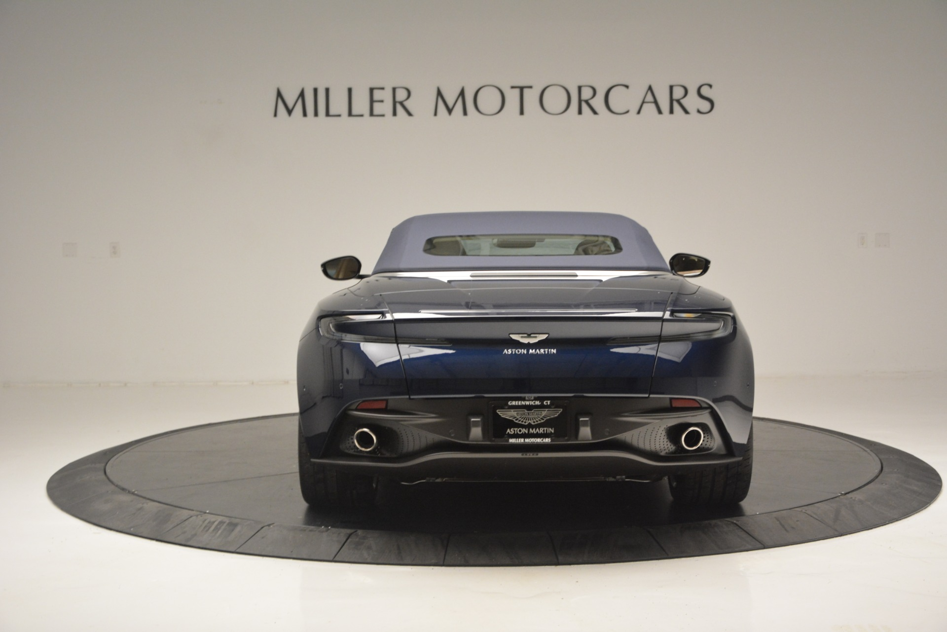 New 2019 Aston Martin DB11 Volante Volante For Sale In Greenwich, CT 2594_p18