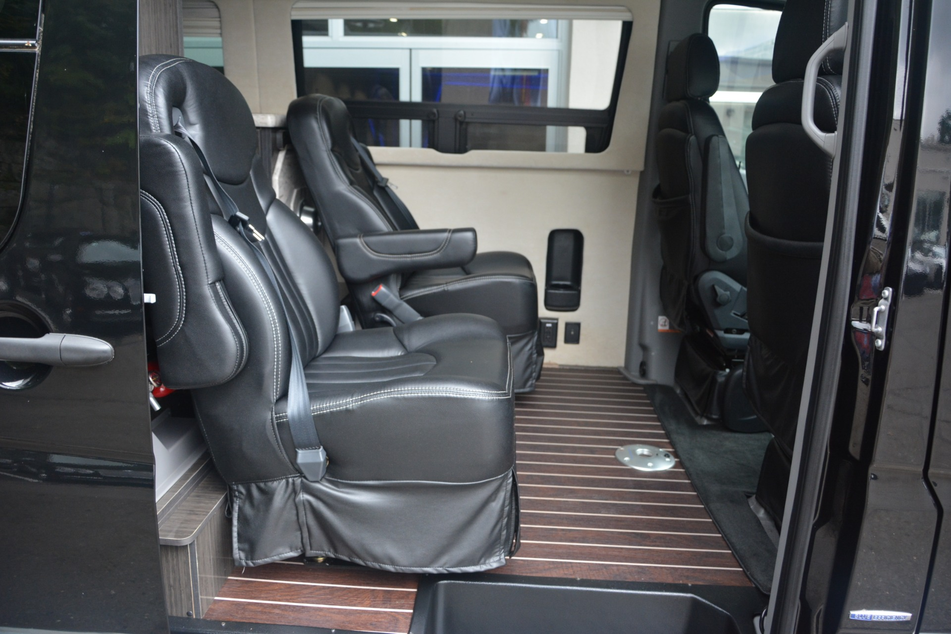 Used 2014 Mercedes-Benz Sprinter 3500 Airstream Lounge Extended For Sale In Greenwich, CT 2595_p12