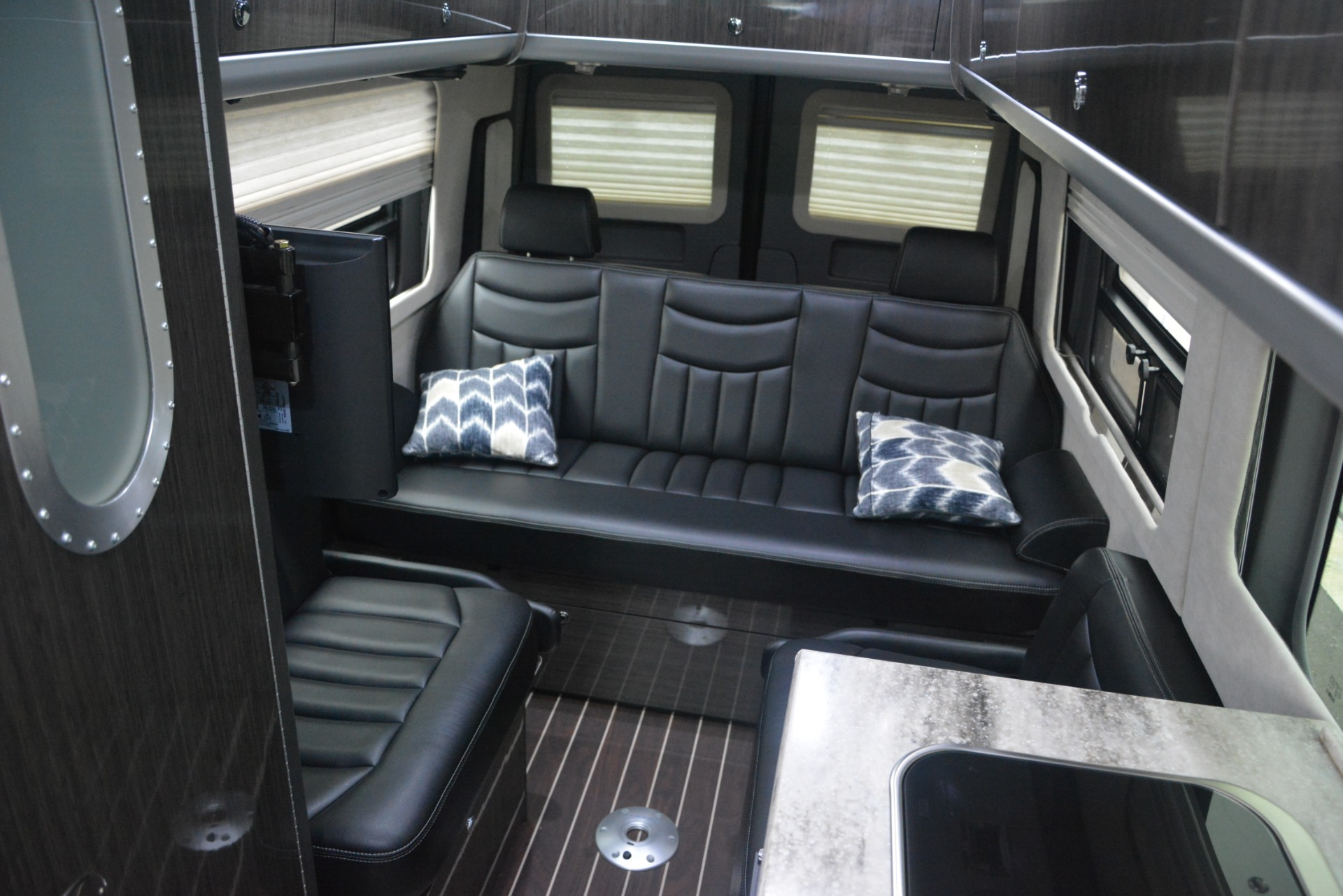 Used 2014 Mercedes-Benz Sprinter 3500 Airstream Lounge Extended For Sale In Greenwich, CT 2595_p15