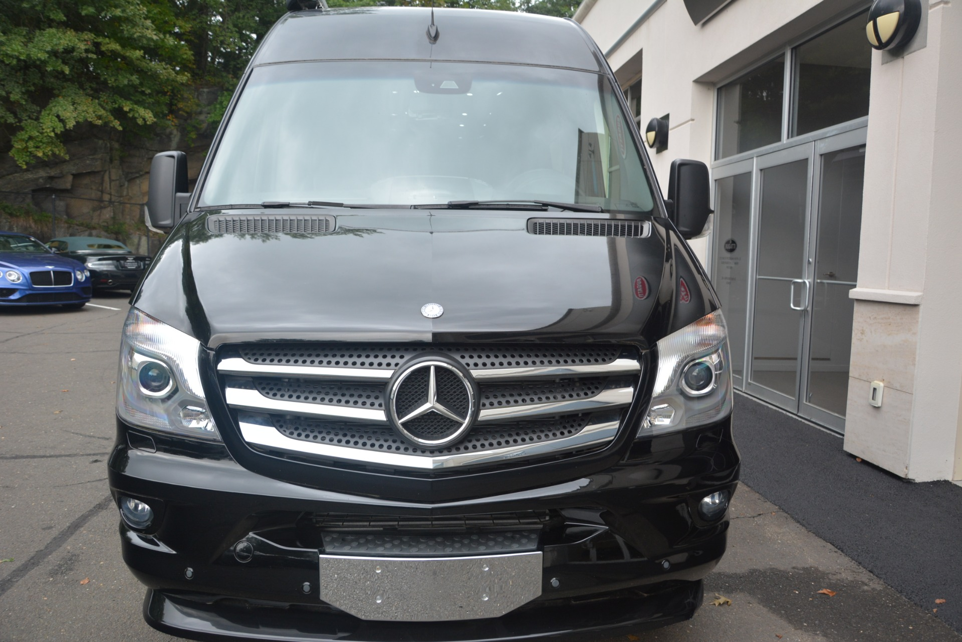 Used 2014 Mercedes-Benz Sprinter 3500 Airstream Lounge Extended For Sale In Greenwich, CT 2595_p5