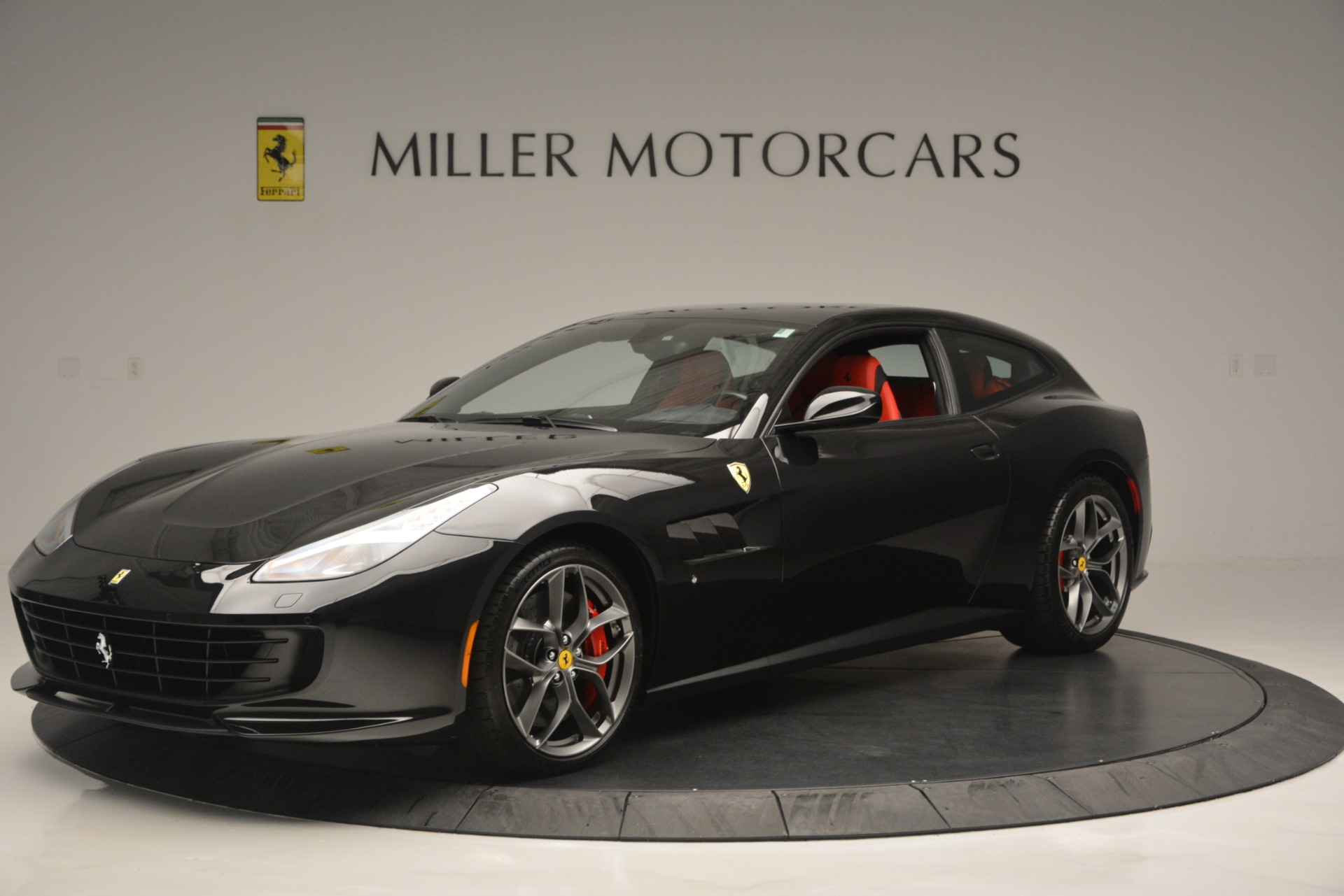 Used 2018 Ferrari GTC4Lusso T  For Sale In Greenwich, CT 2598_p2