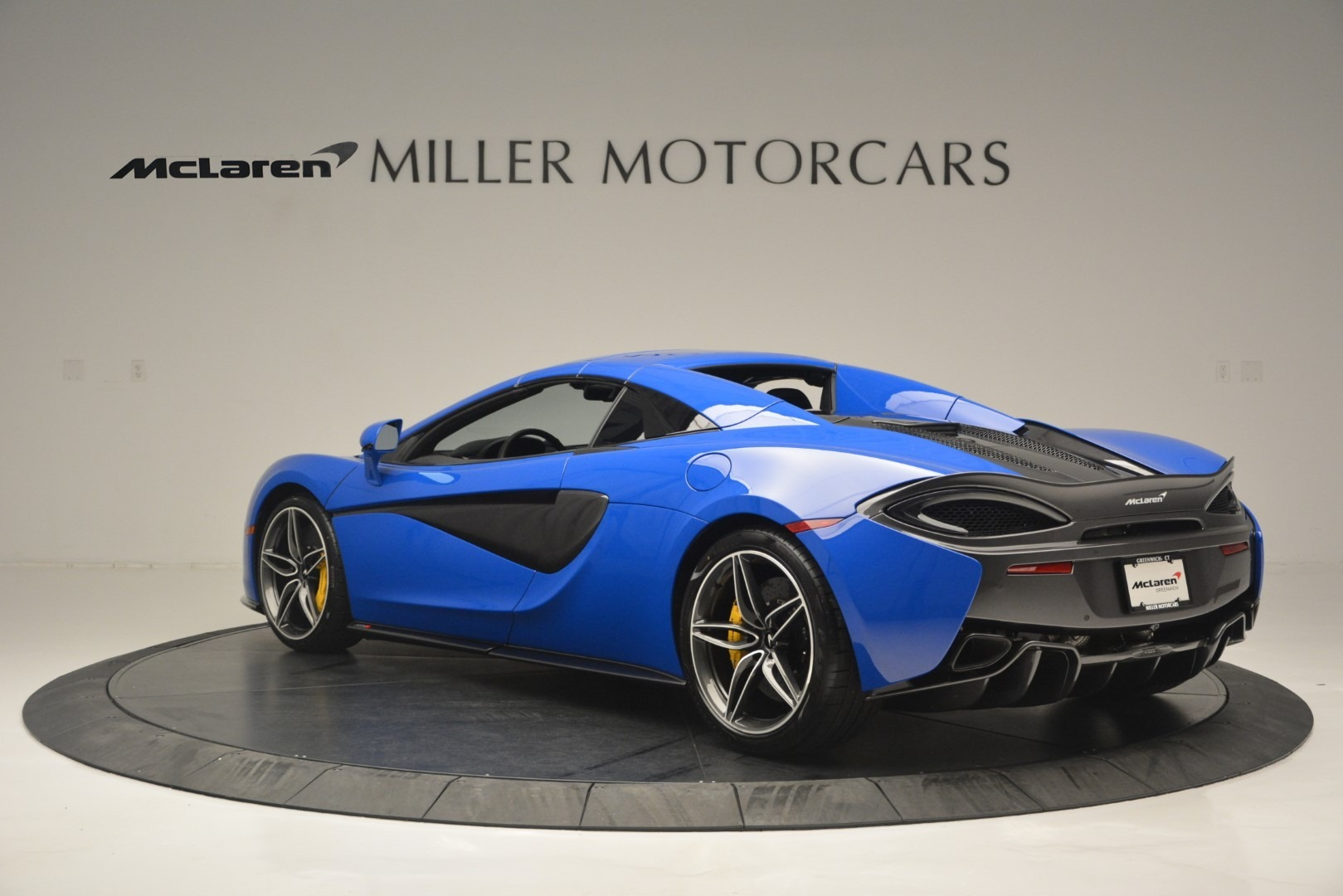 New 2019 McLaren 570S Spider Convertible For Sale In Greenwich, CT 2599_p17